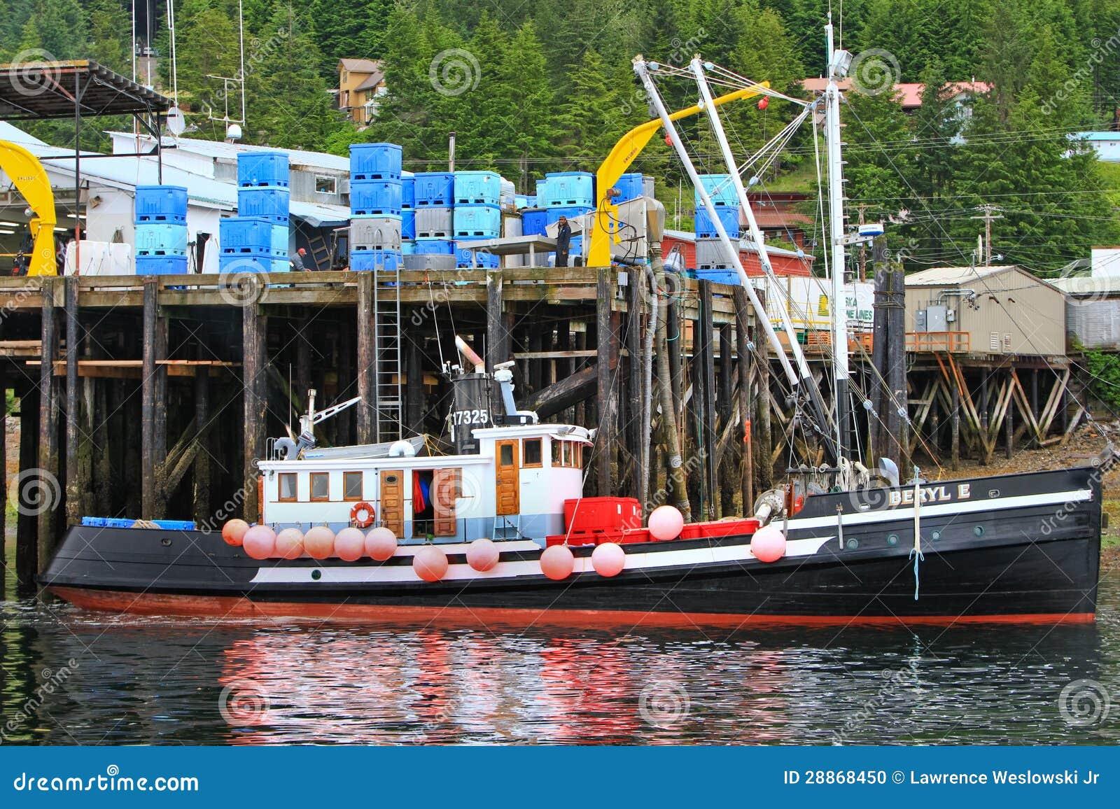 Alaska hoonah fishing trawler boat editorial image for Alaska out of state fishing license