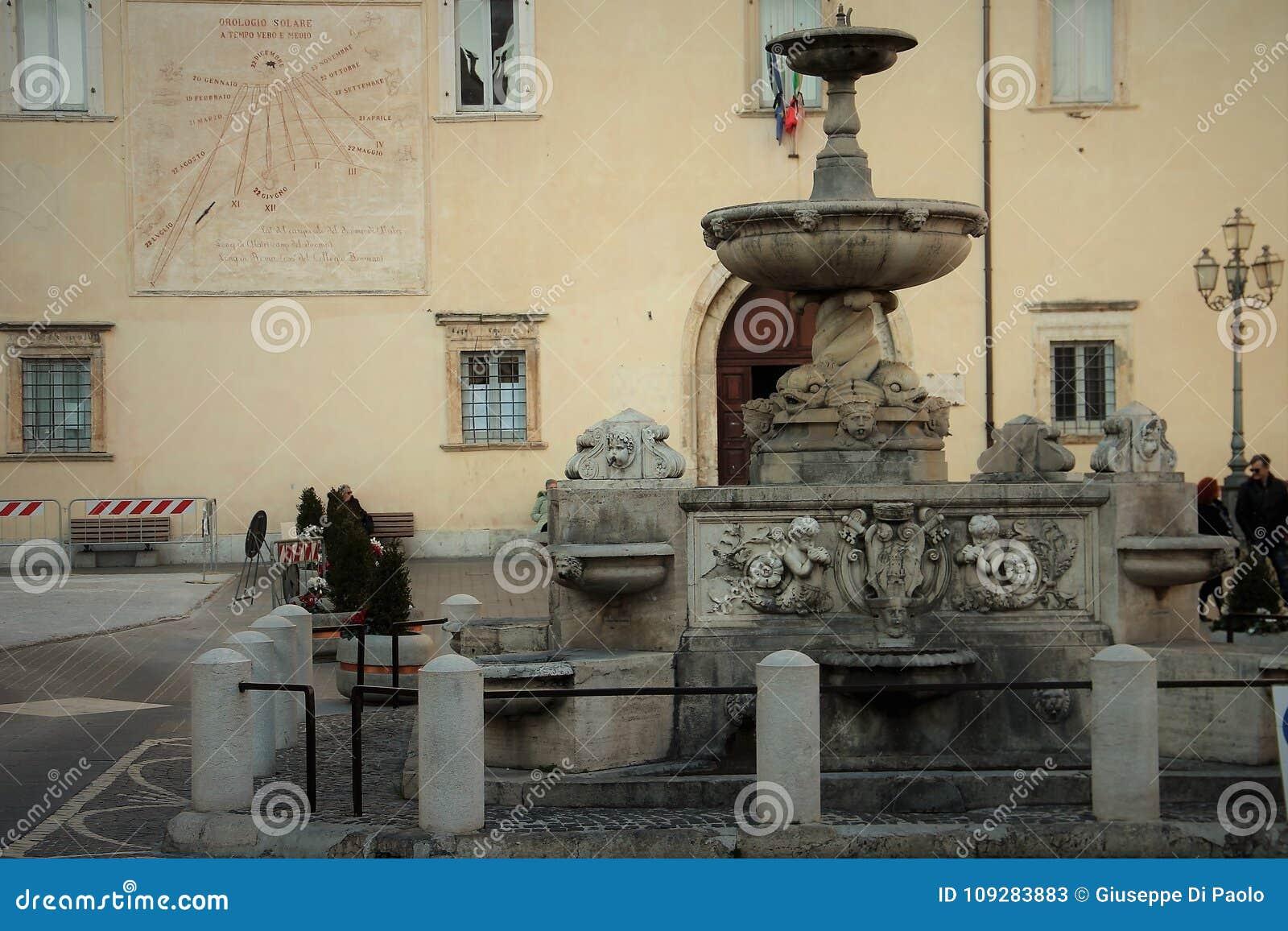 Alatri, średniowieczna wioska w środkowym Włochy Fontanny Pia