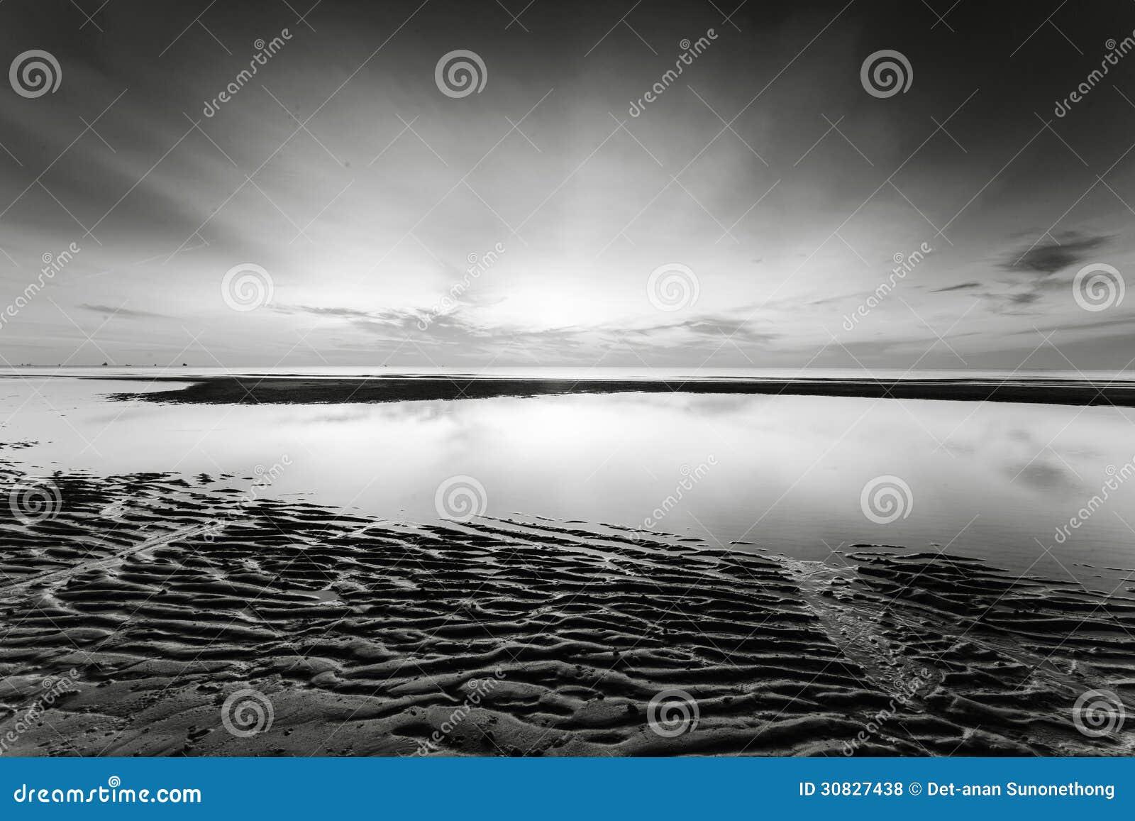 Alba alla spiaggia