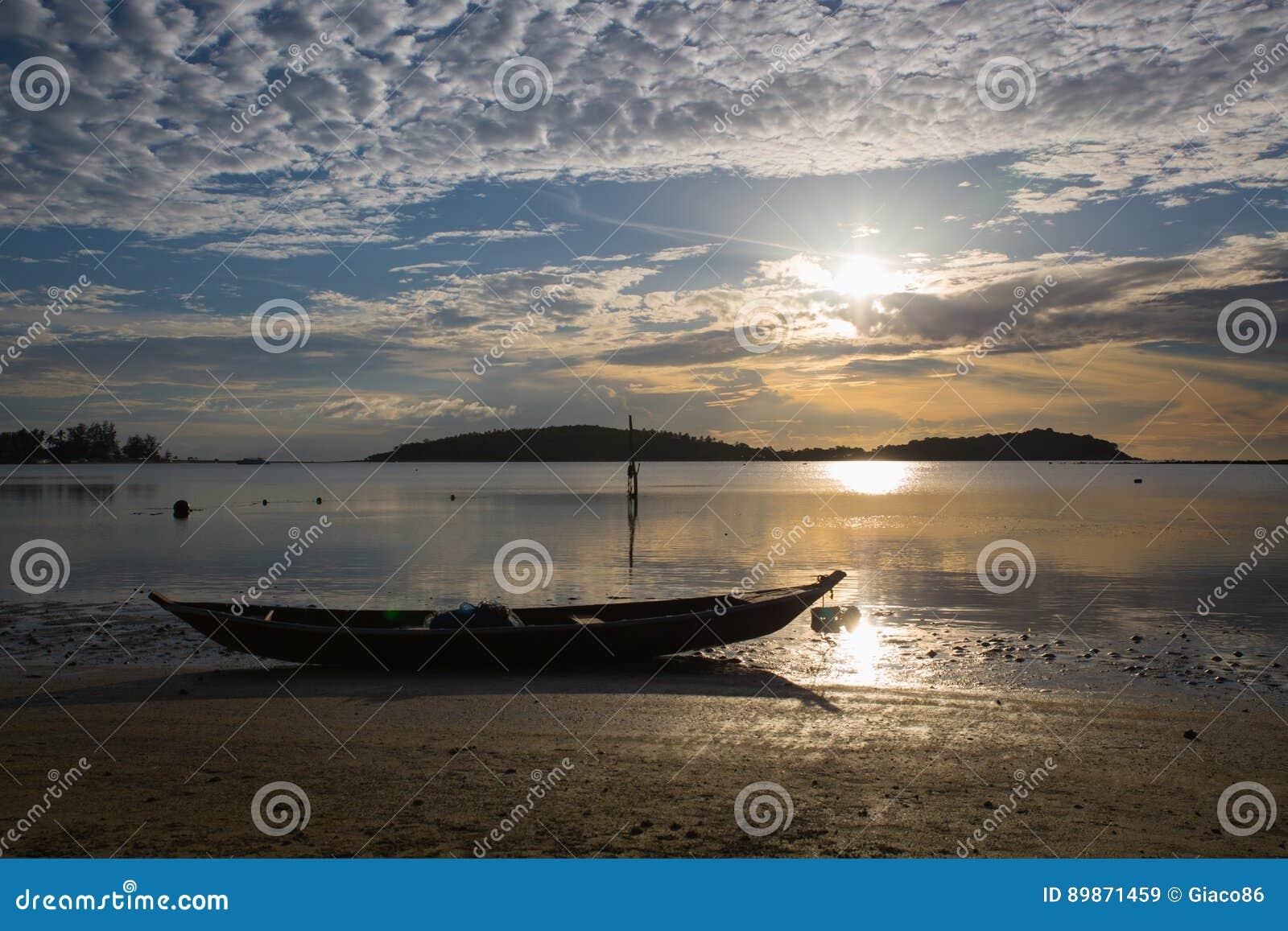 Alba della spiaggia di Chaweng - Koh Samui - Tailandia