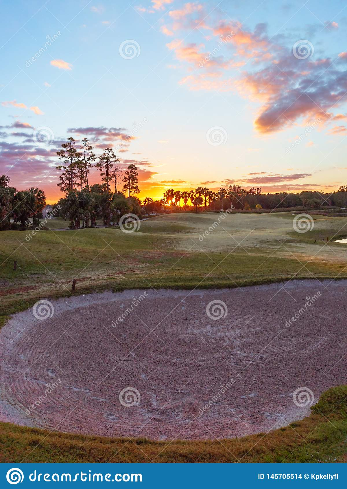 Alba/tramonto del campo da golf in Florida