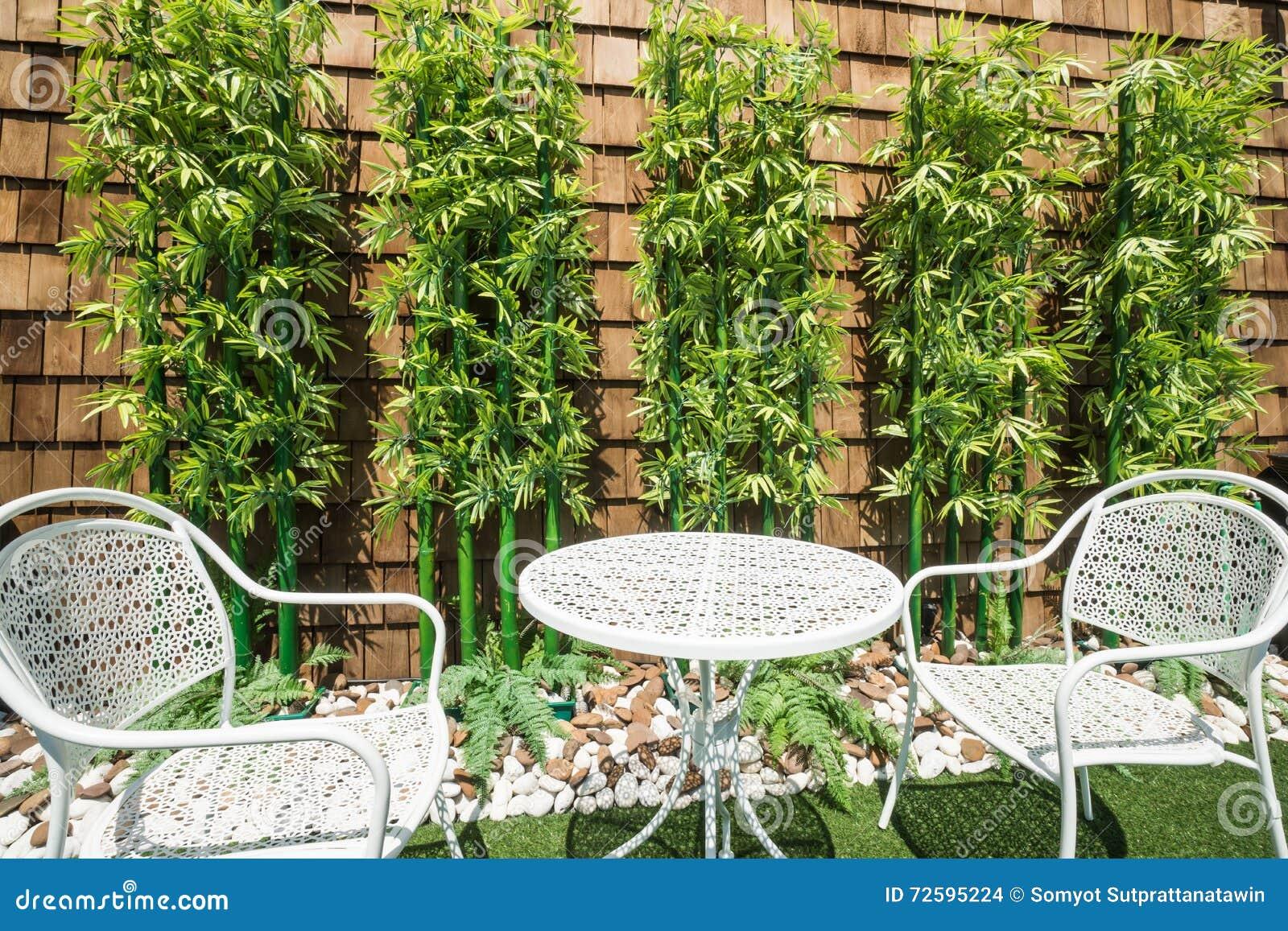 Albero artificiale del bamb del giardino fotografia stock - Giardino artificiale ...