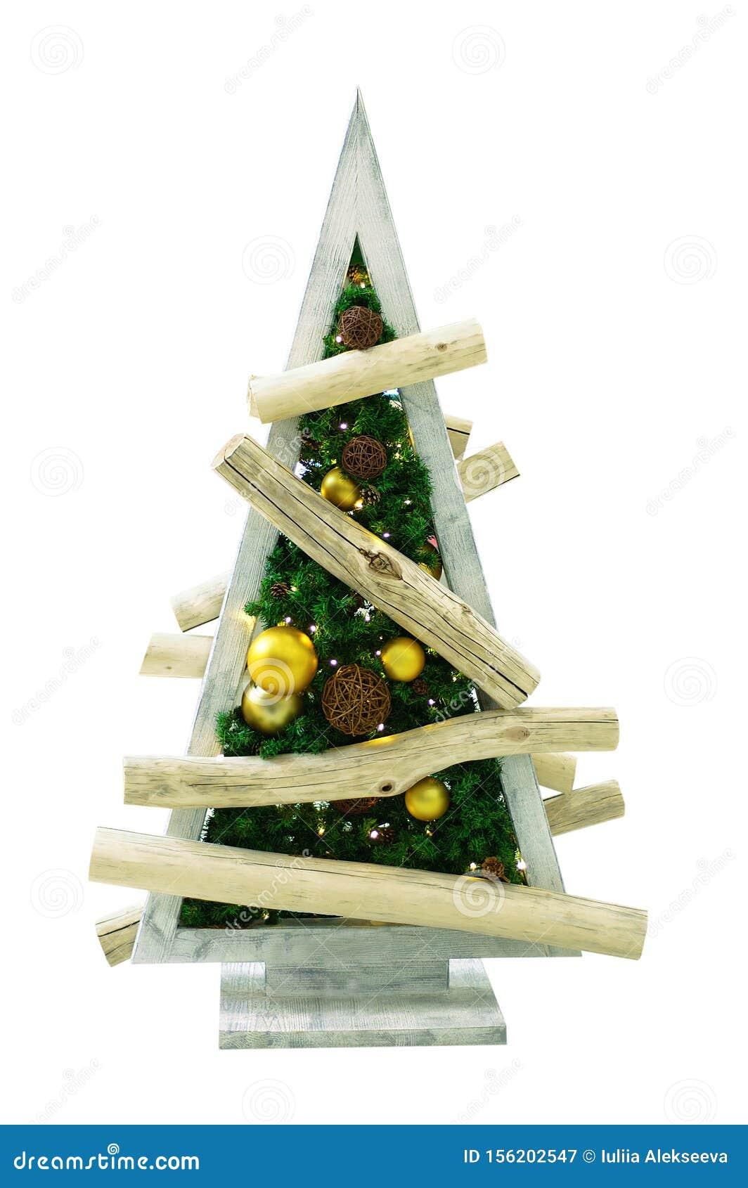 Albero Di Natale Decorato Fatto Di Tavole Di Legno Isolare Immagine Stock Immagine Di Isolato Decorazione 156202547