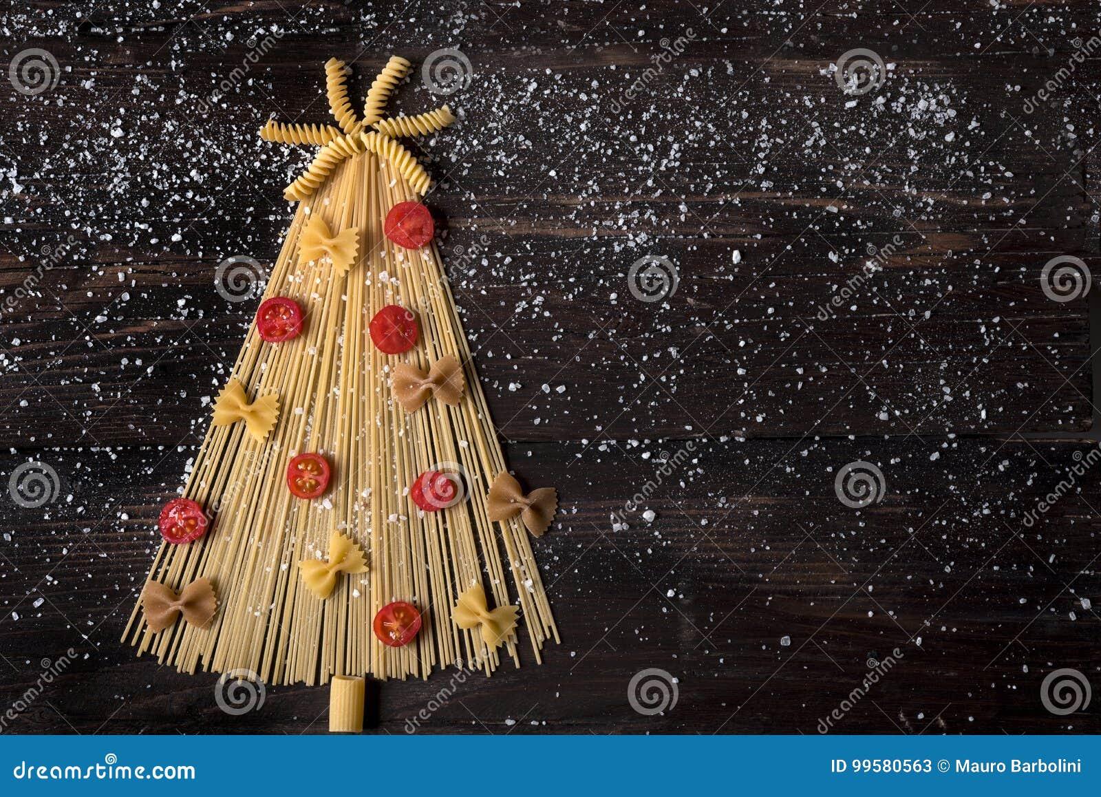 Albero Di Natale Di Spaghetti Stock Afbeelding Afbeelding