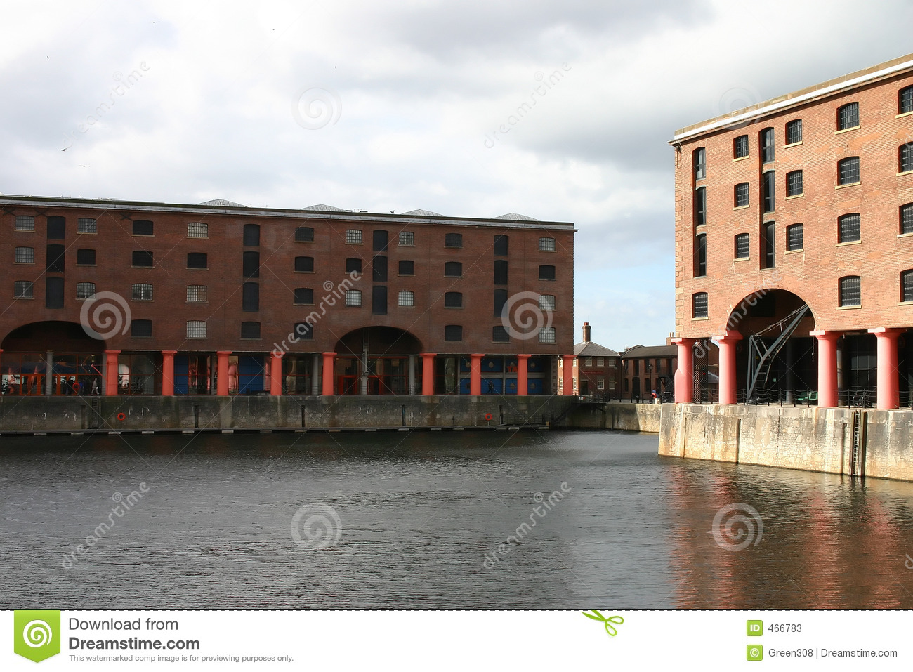 Albert Dock Basin