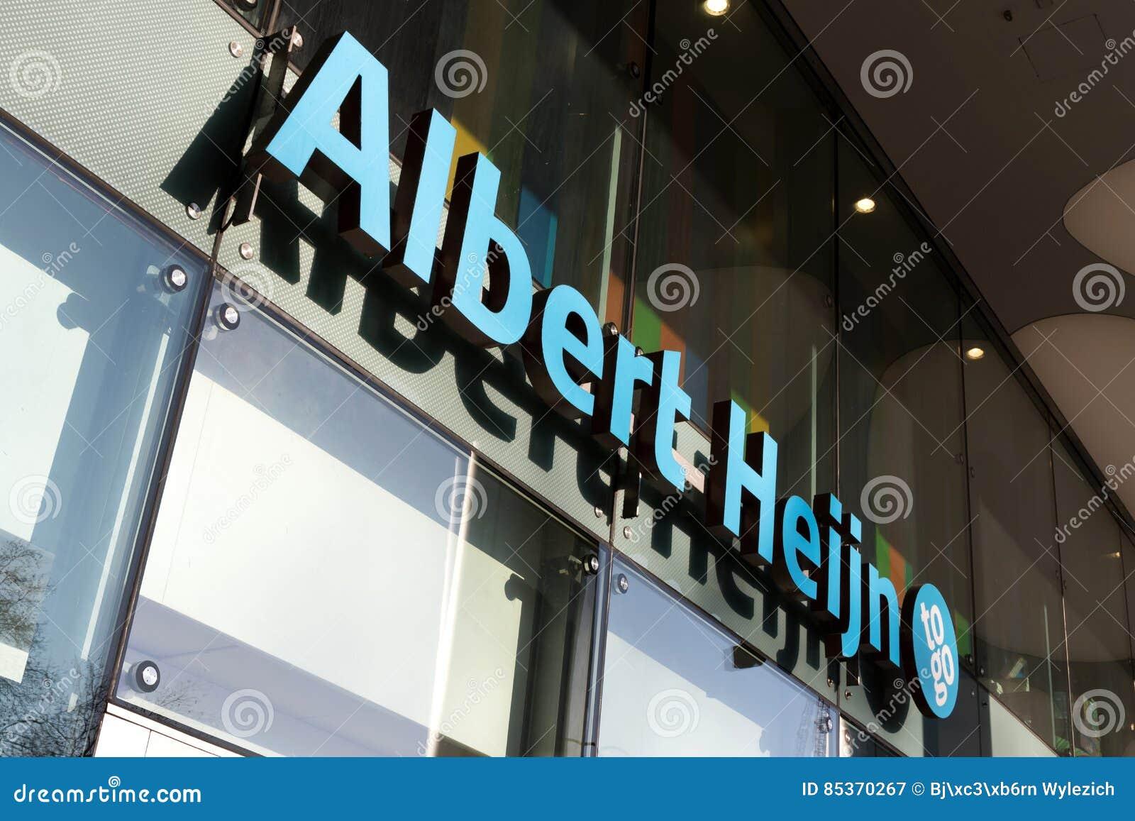 Albert Heijn to go convenience store