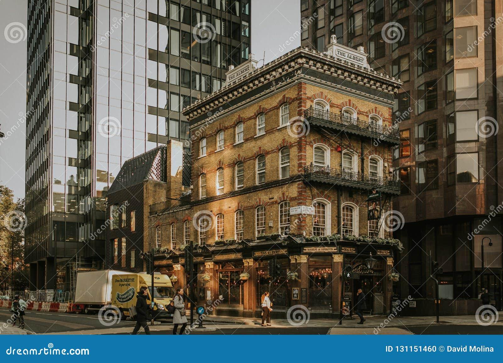 Albert Pub-de bouwvoorgevel op het gebied van Westminster Londen, Engeland