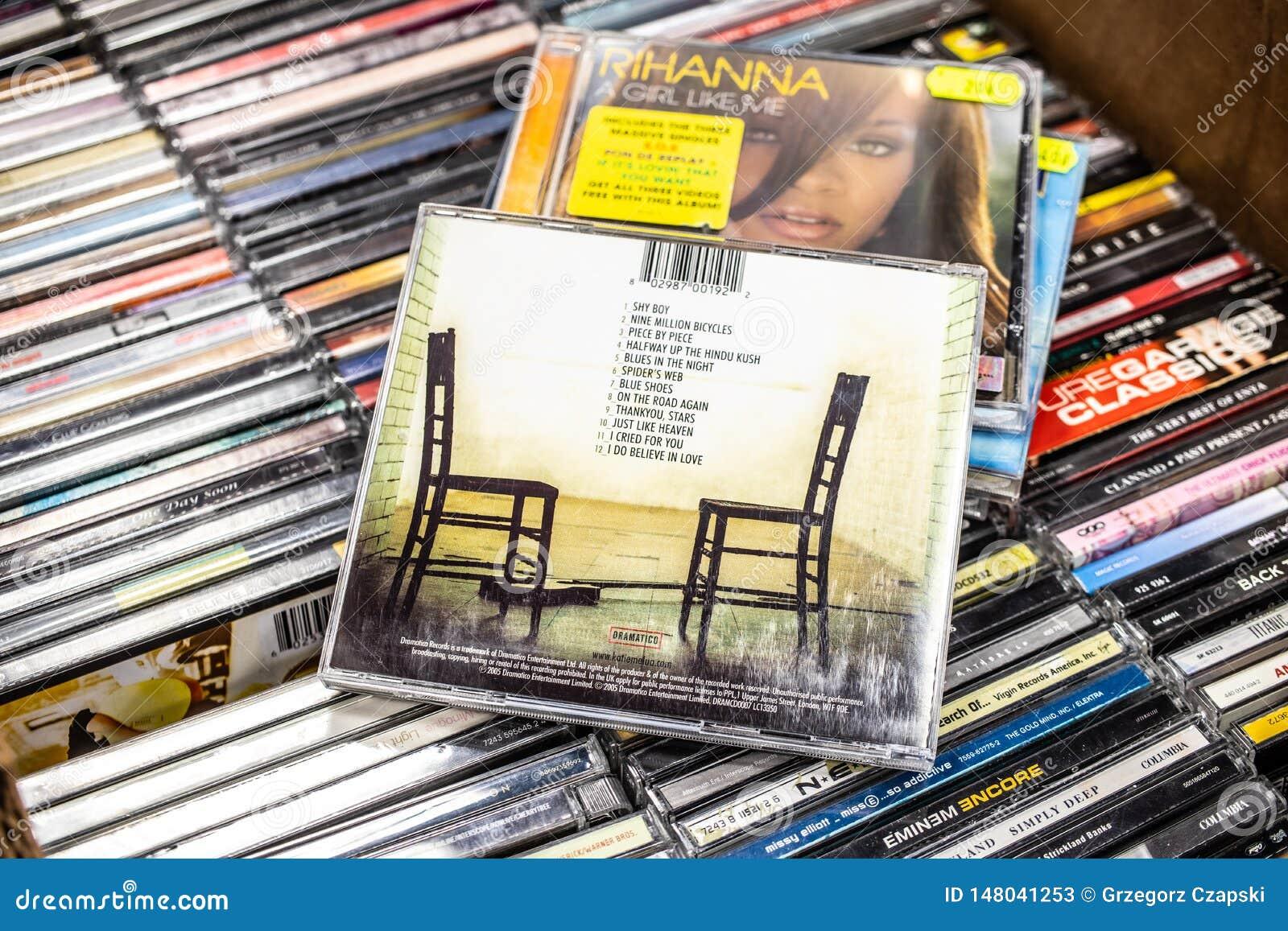 Album de CD de Katie Melua pièce par pièce 2005 sur l affichage à vendre, le chanteur Britannique-géorgien célèbre et le composit