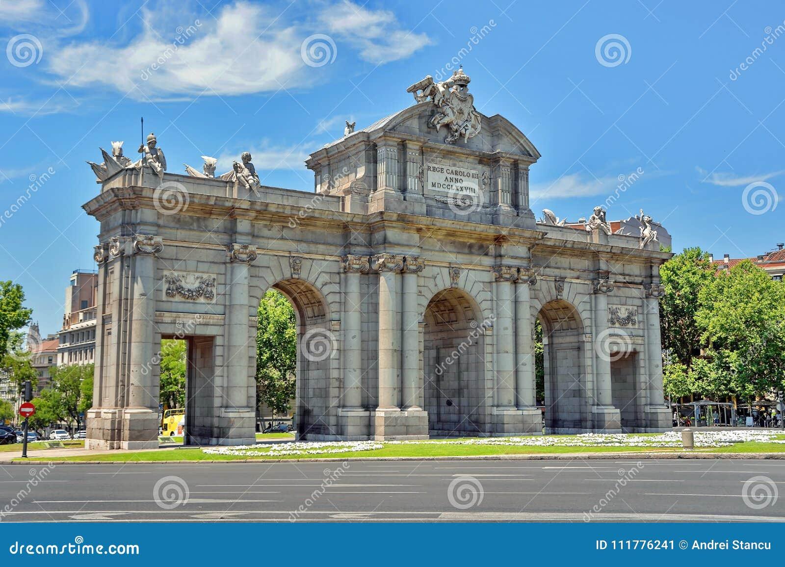 Alcala Gate in Madrid, Spain