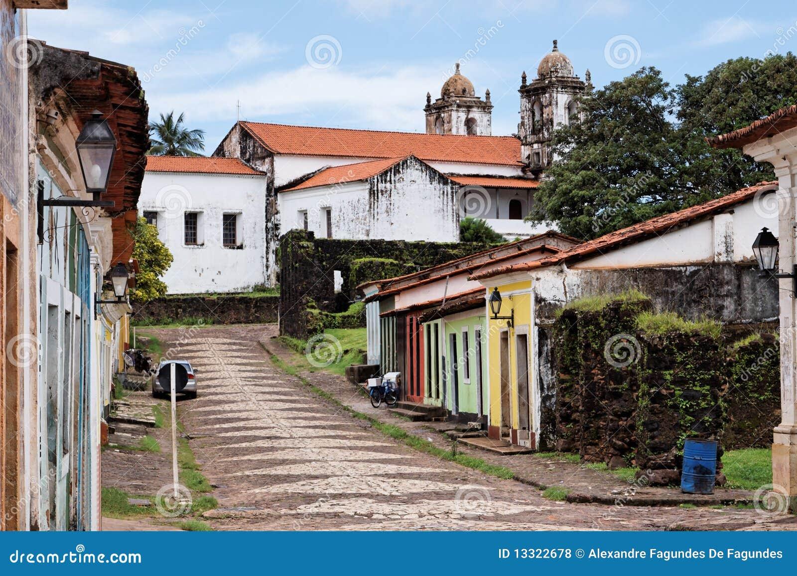 Alcântara Maranhão fonte: thumbs.dreamstime.com