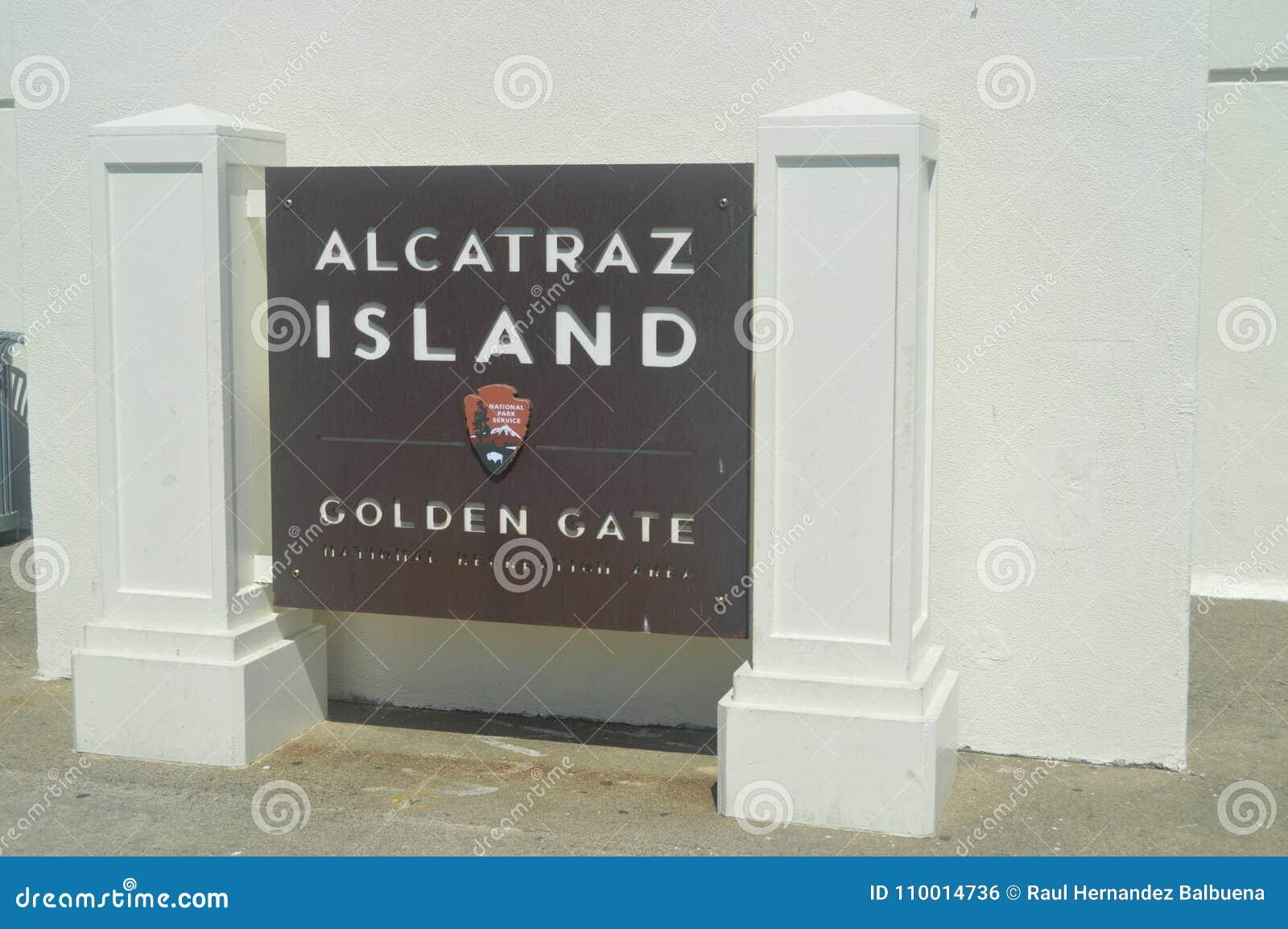 Alcatraz, котор нужно приветствовать Мы посетили эту большую Остров-тюрьму Архитектура праздников перемещения