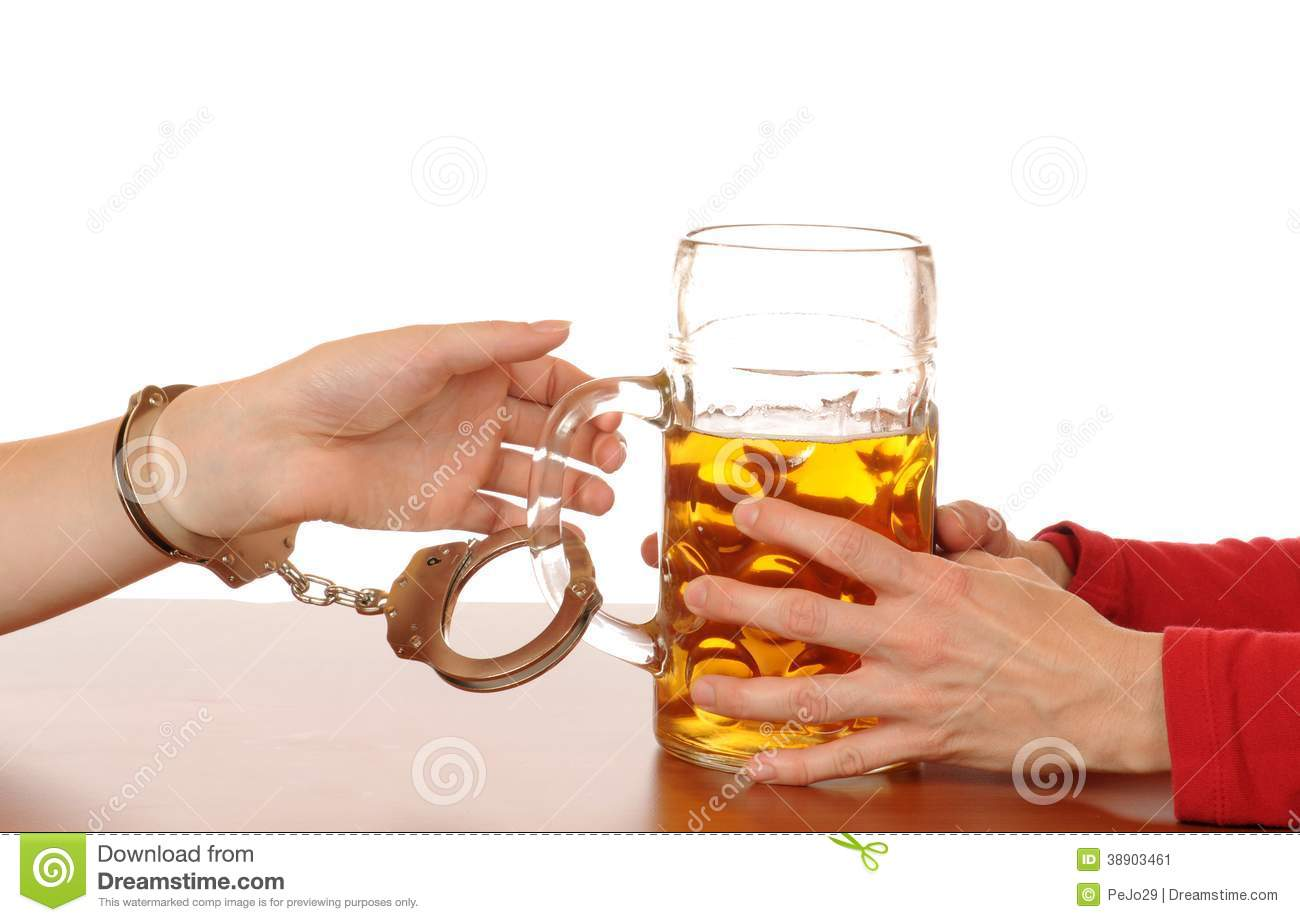 alcohol-abuse-glas-beer-handcuffs-as-sym