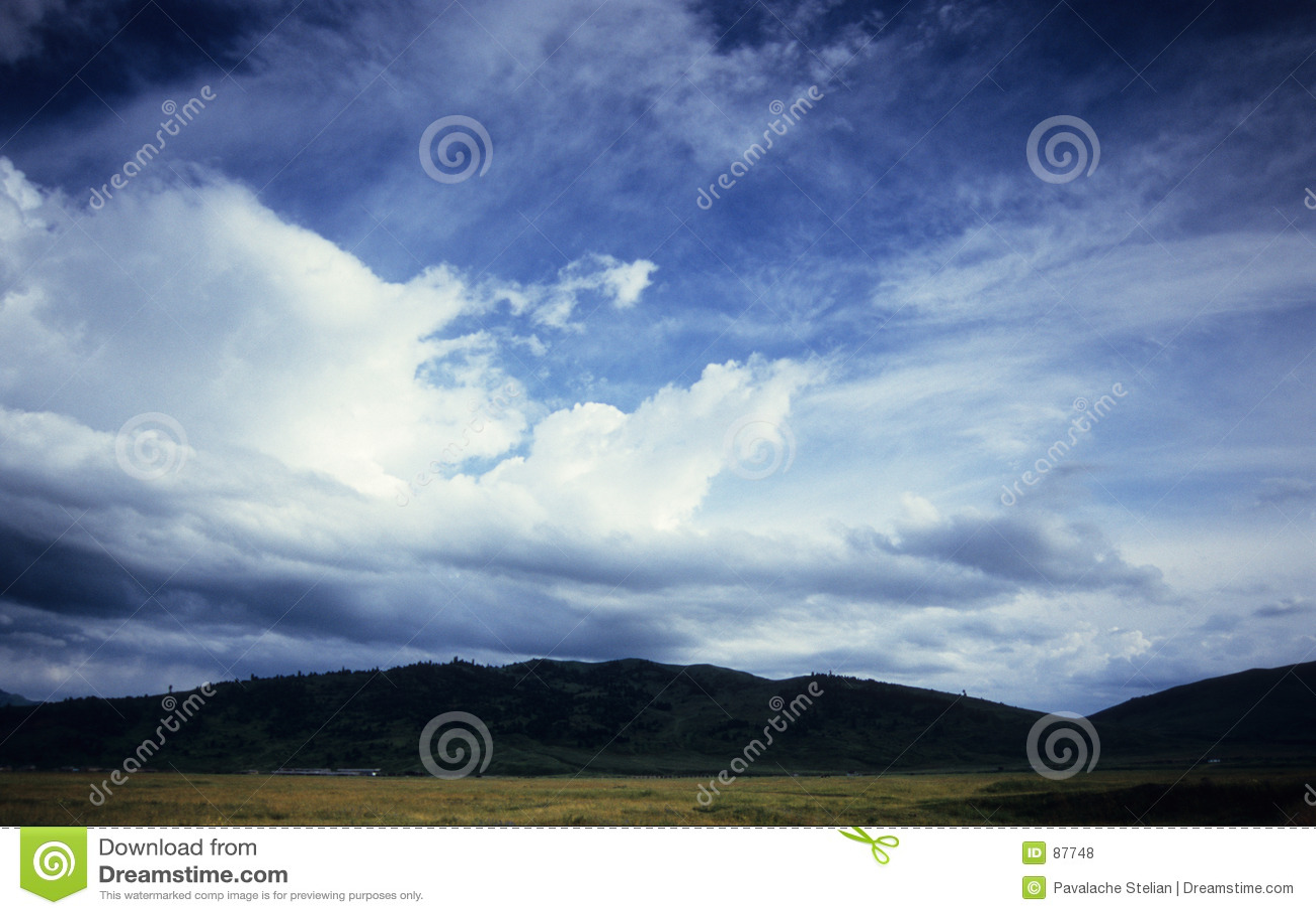 Alcune colline su Karkara - accampamento basso & eliporto principali