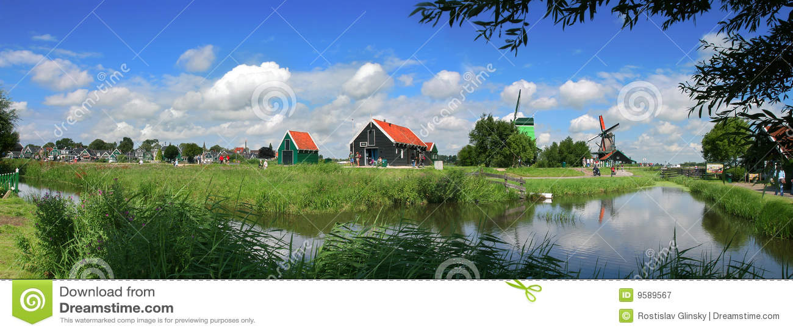 Aldea holandesa.