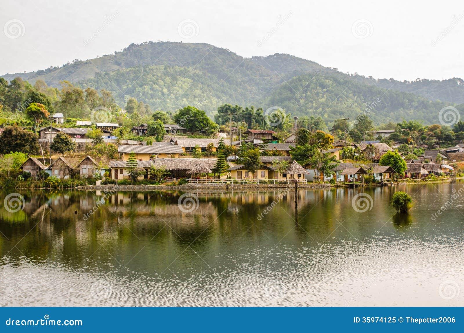 Aldea tailandesa de Rak