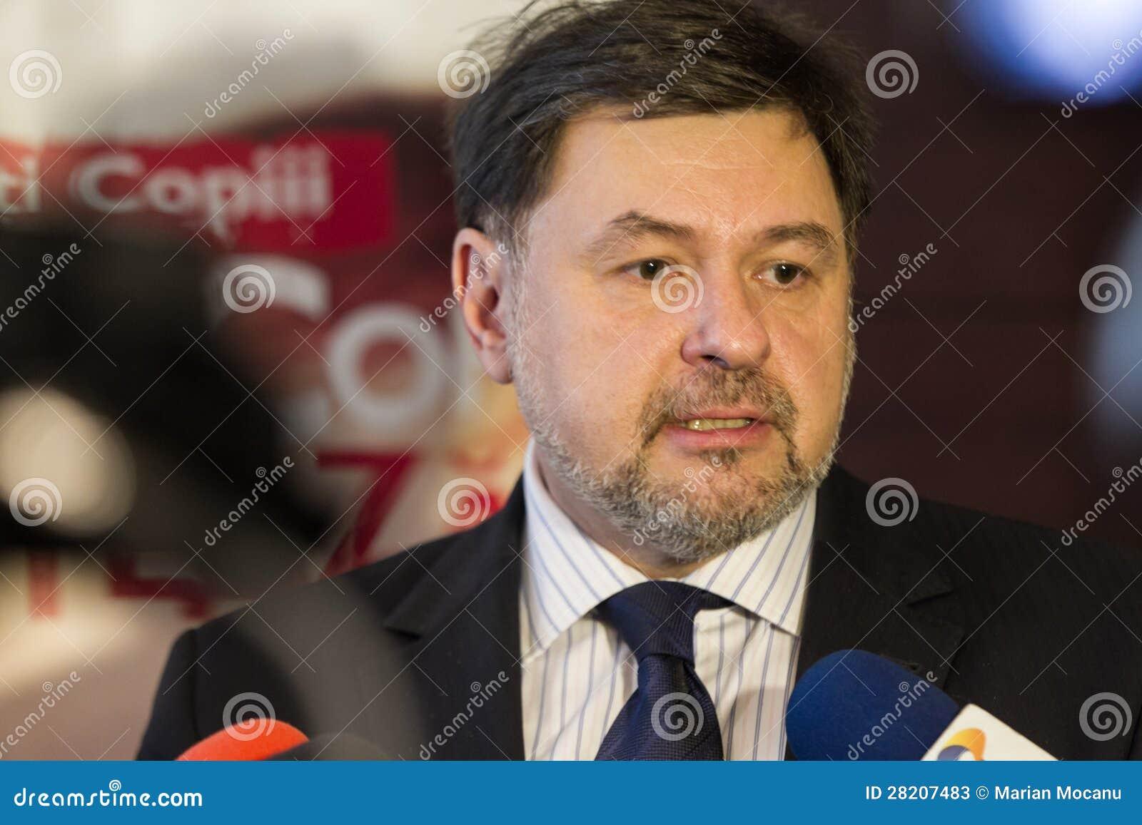 USL vrea să ridice bugetul alocat Sănătăţii la 6% | DCNews  |Alexandru Rafila