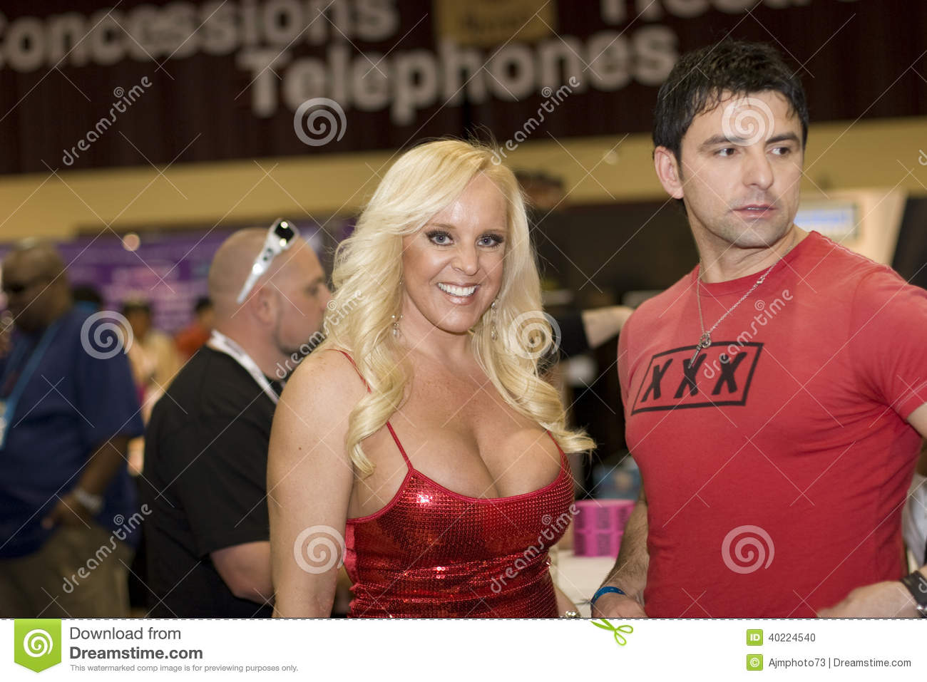 alexis golden at avn convention editorial image - image of vegas