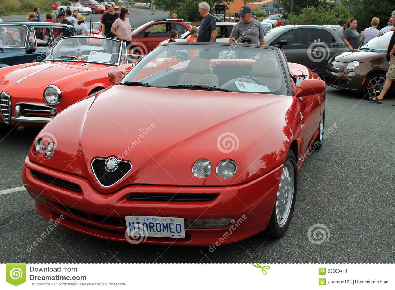Download Alfa Romeo Spider Front View Editorial Photo   Image Of Badge,  Outdoors: 36860411