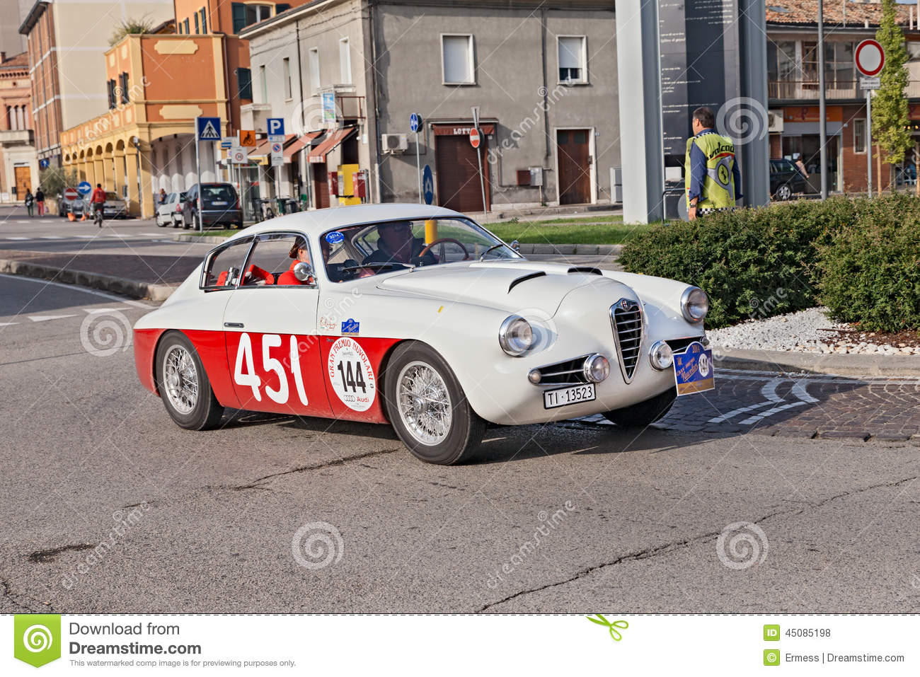alfa romeo 1900 ssz zagato (1955) editorial stock photo - image of