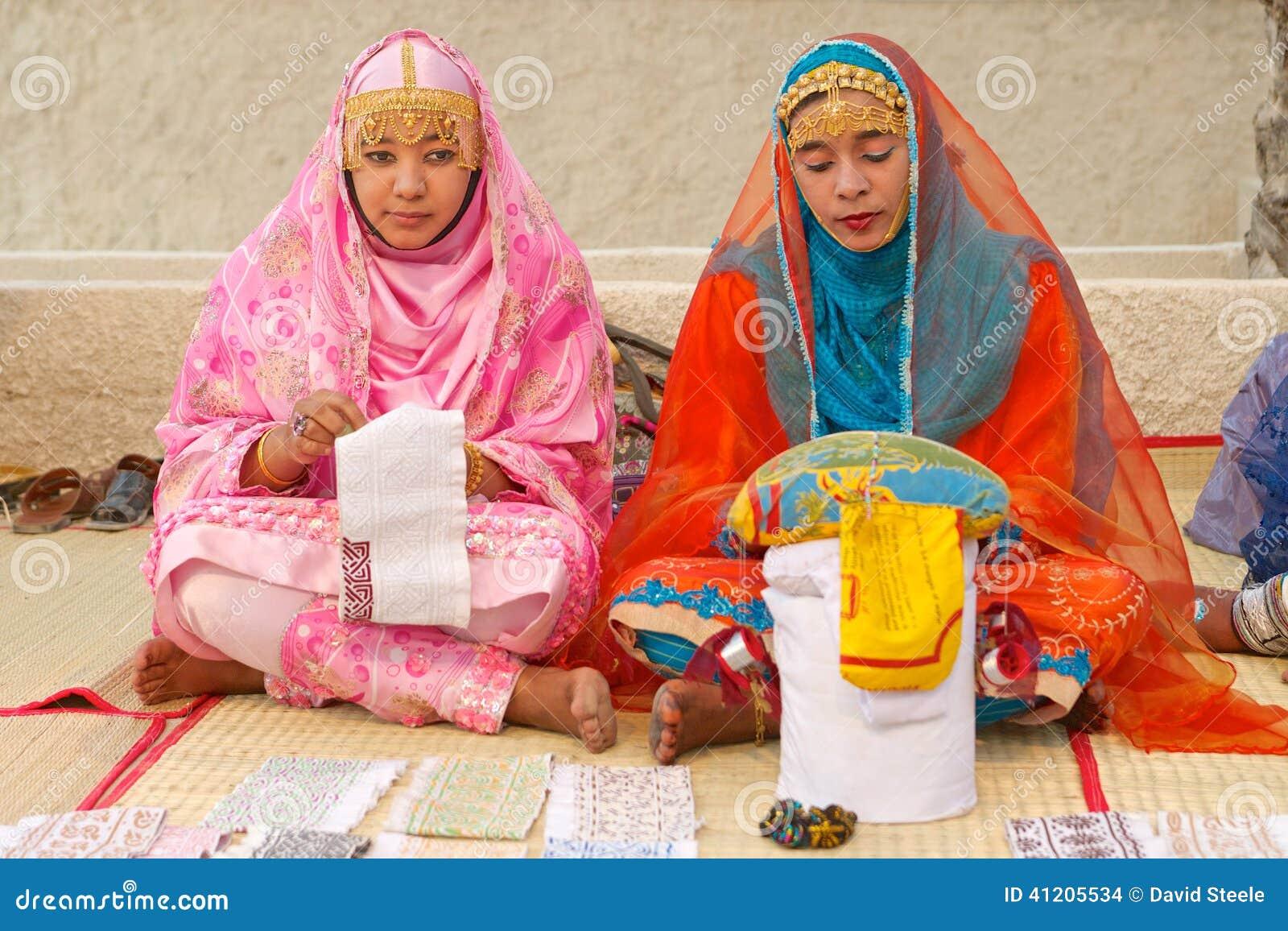 Alfaiates omanenses das mulheres