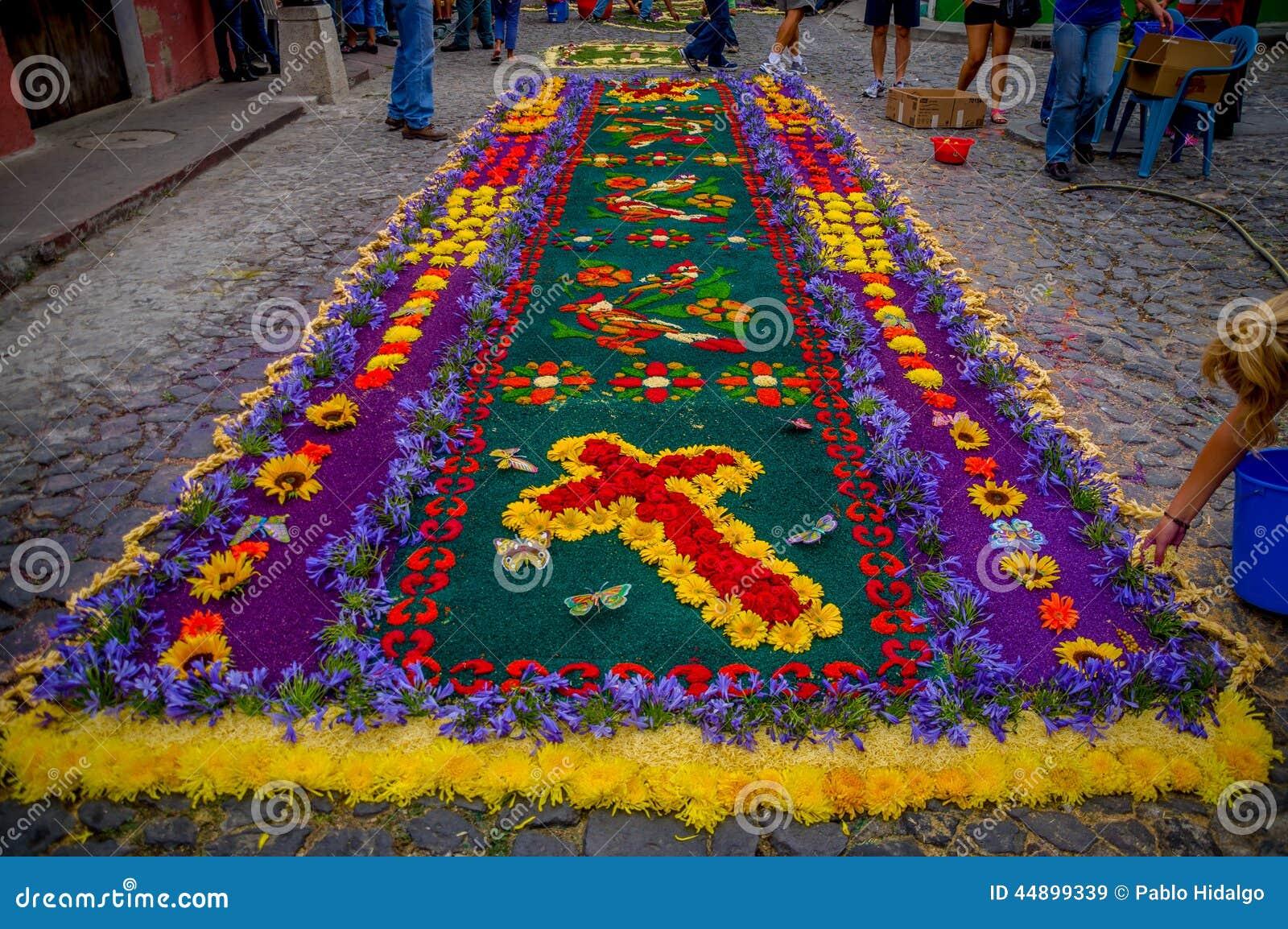 Alfombras de pascua en antigua guatemala imagen de archivo for Antigua alfombras