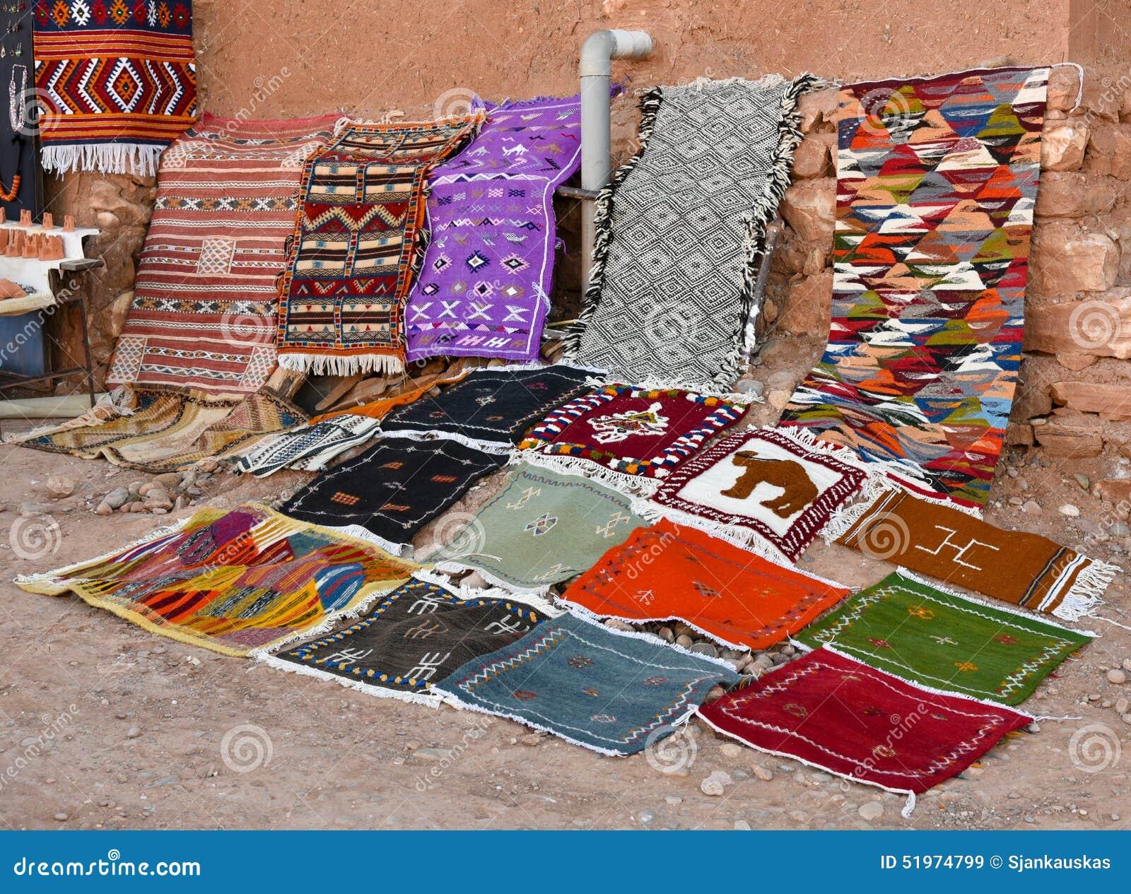 Alfombras hechas a mano en casa alfombra tnica frazada for Alfombras hechas a mano en casa