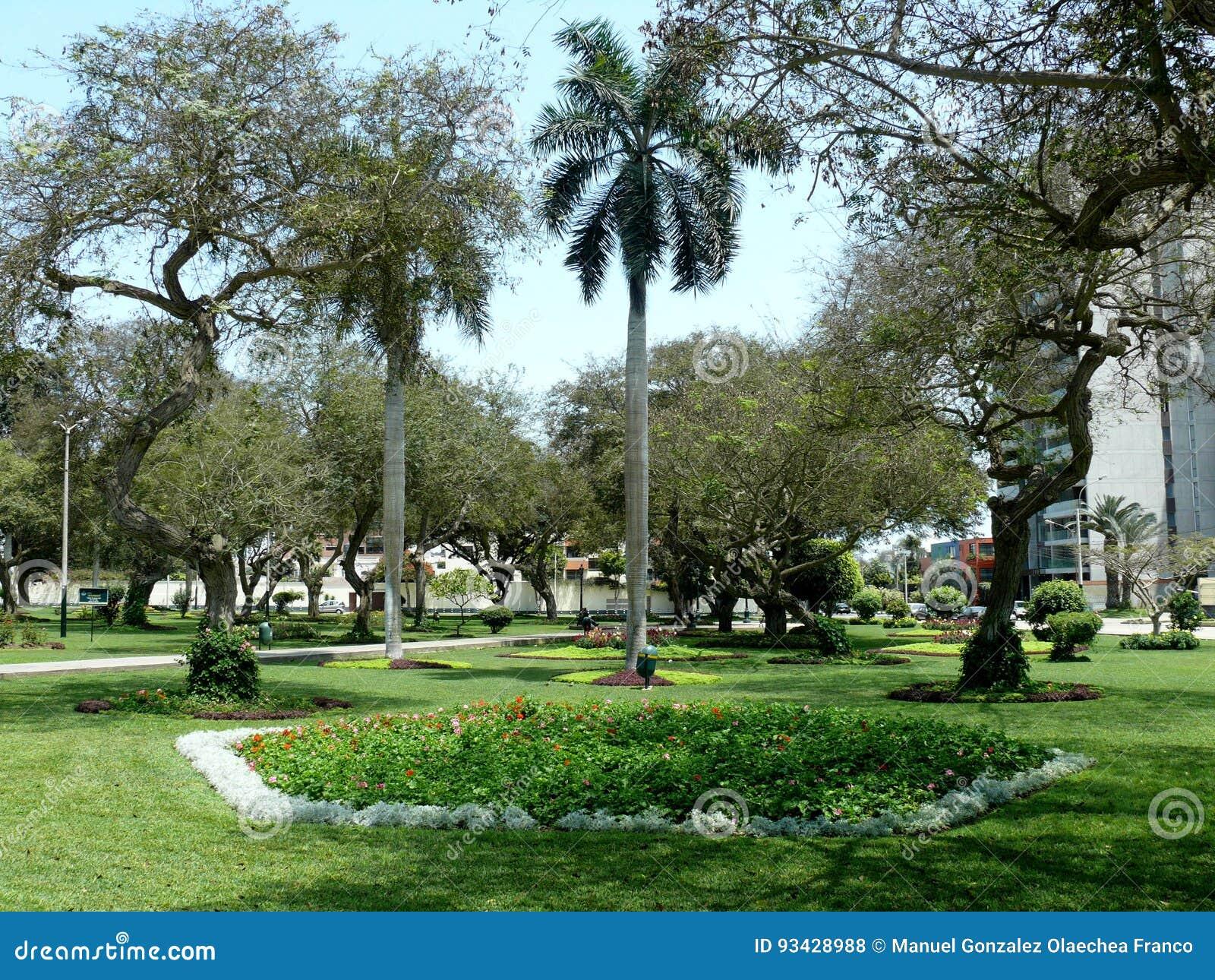Alfonso Ugarte Park In Bezirk Sans Isidro Von Lima Stockfoto Bild