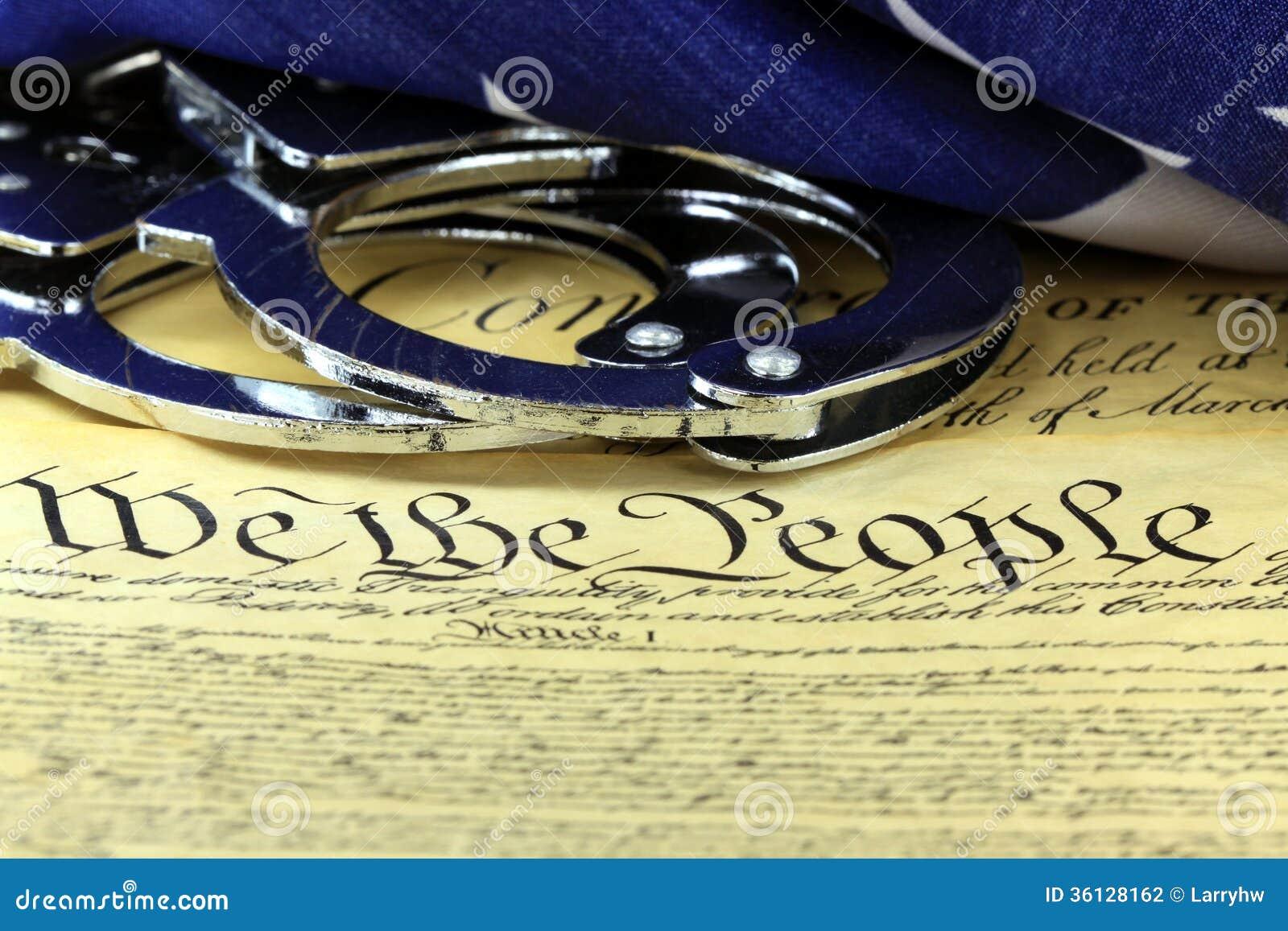 Algemas e bandeira na constituição dos E.U. - quarta alteração