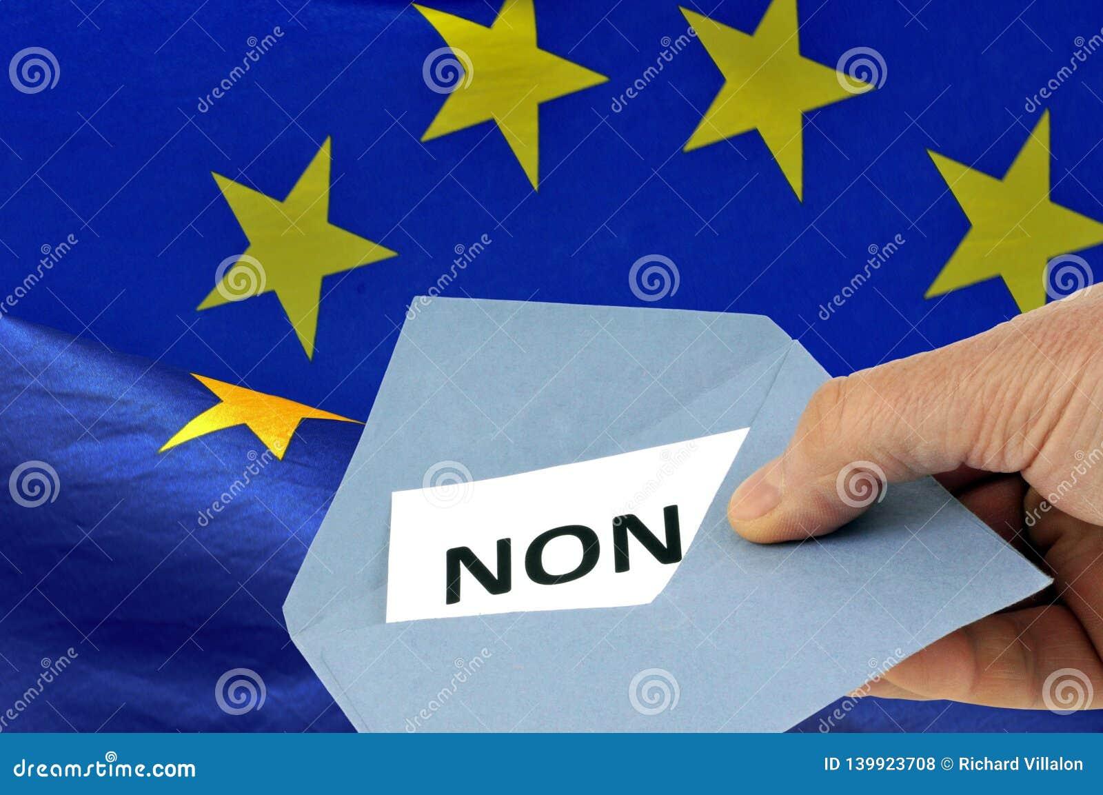 Alguien que vota en francés contra la unión europea