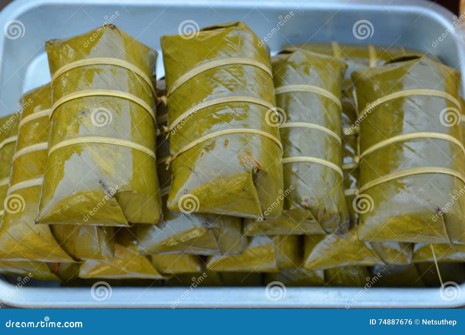 Algum sweetmeat, Khao Tom Mad ou Khao tailandês Tom Pad