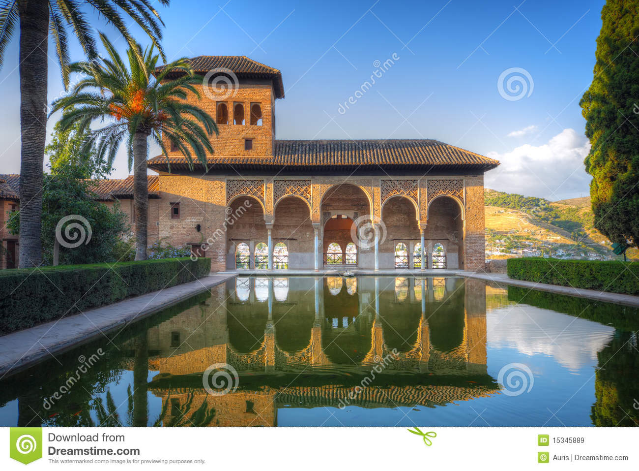 Alhambra patio with pool