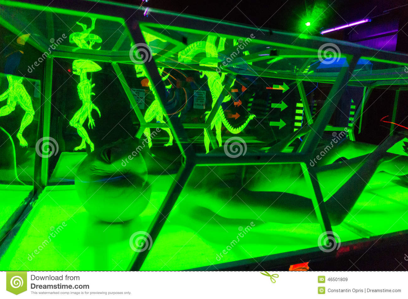 Aliens in game room editorial stock image image 46501809 for Alien decoration