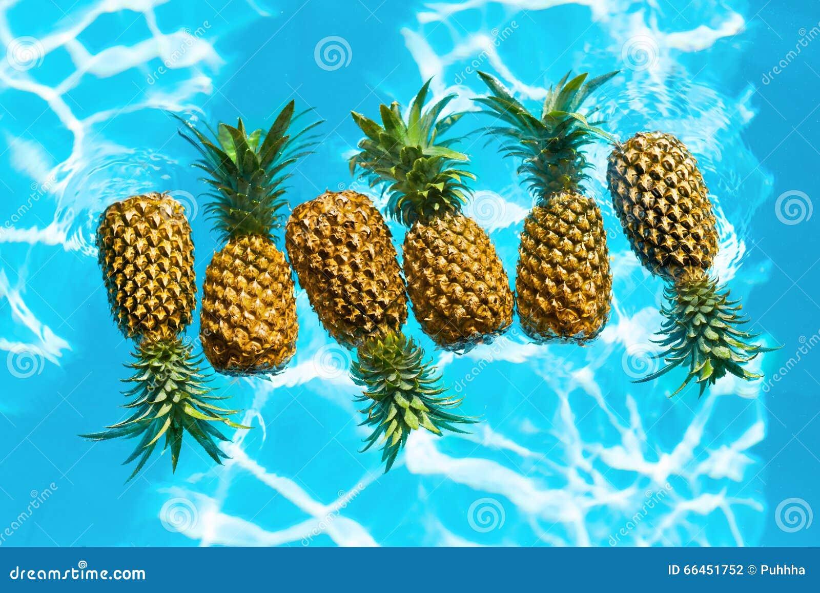 aliment biologique sain ananas frais dans l 39 eau fruit nutritio photo stock image du dieting. Black Bedroom Furniture Sets. Home Design Ideas