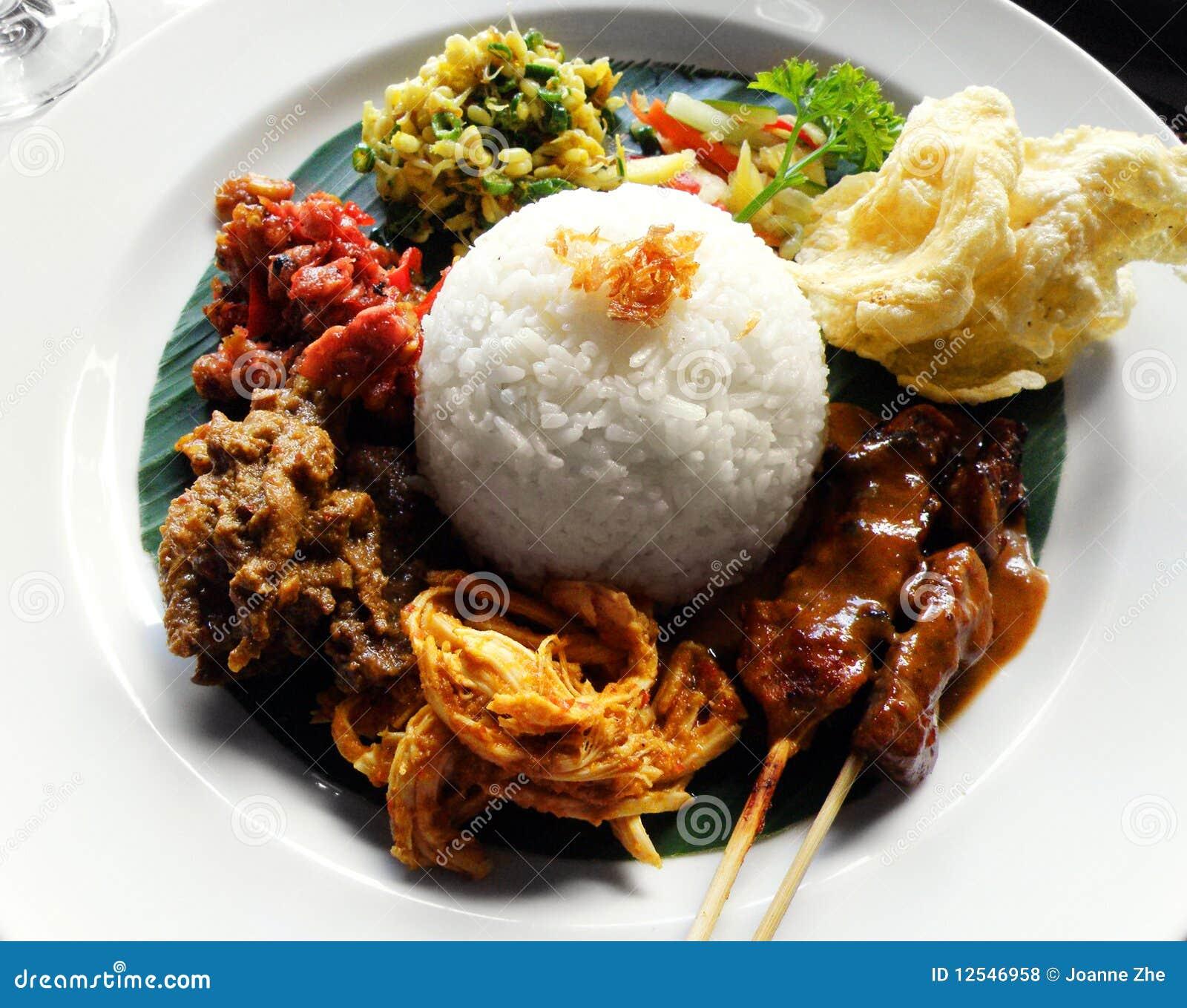 Alimento asiatico etnico, campur di nasi
