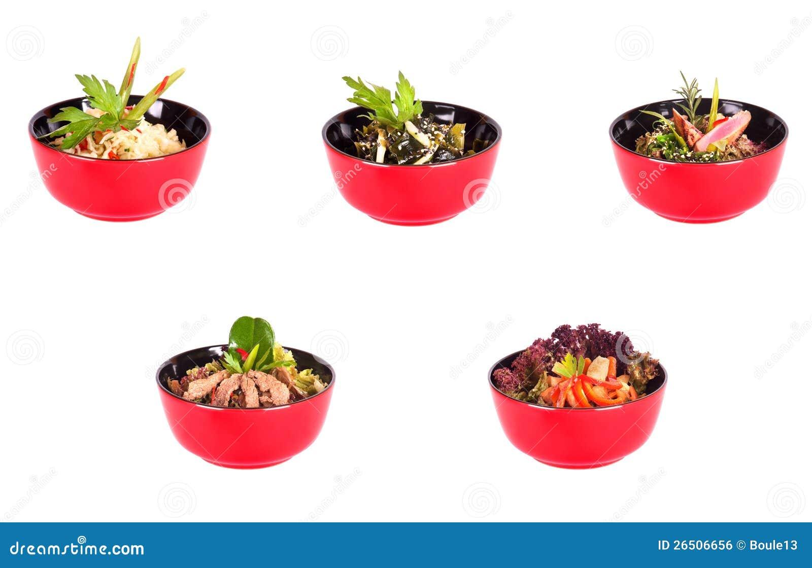 Alimento chino en una colección roja de la placa