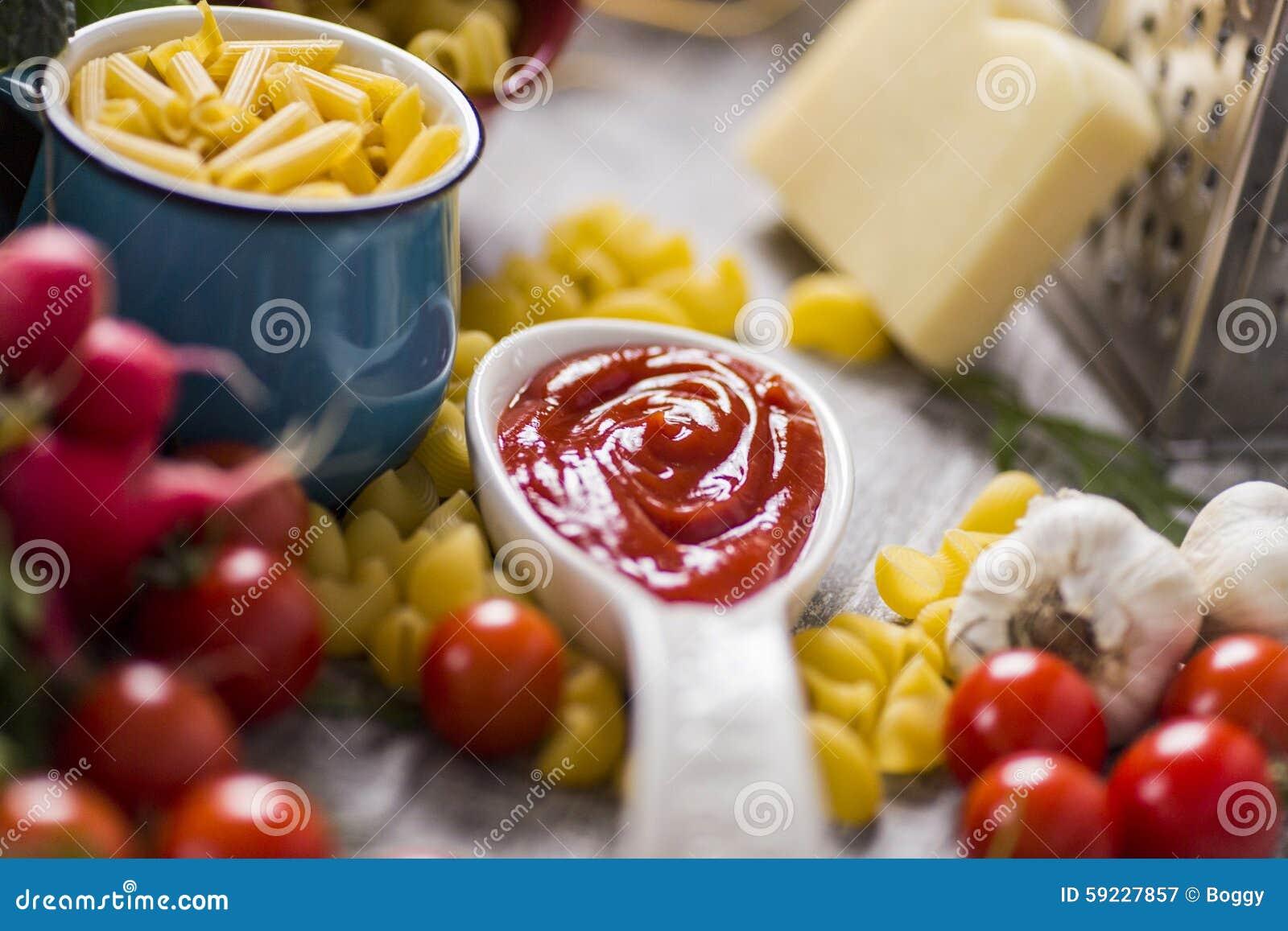 Download Alimento Fresco En El Vector Imagen de archivo - Imagen de ketchup, estacional: 59227857