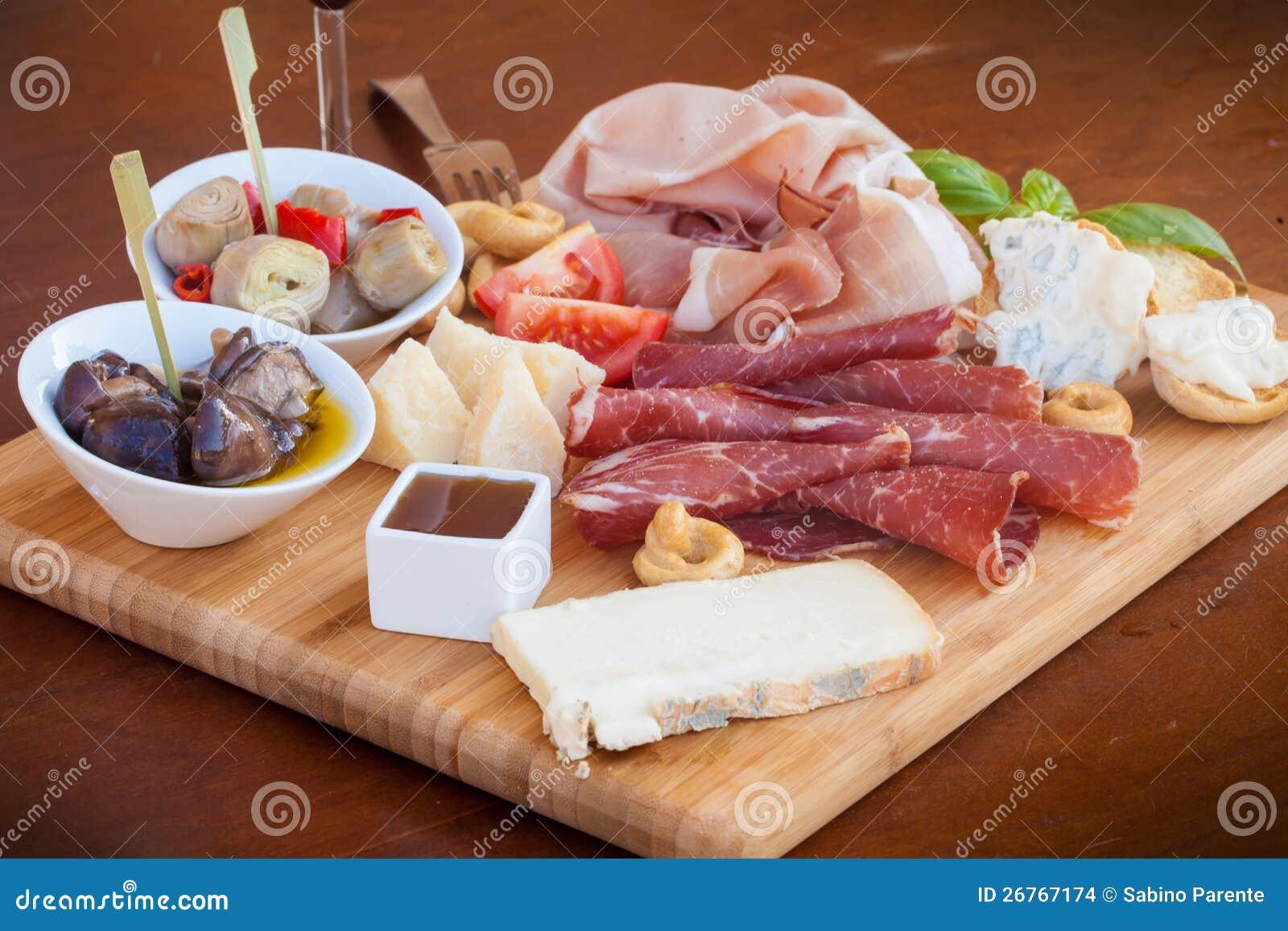 Alimento italiano en tajadera