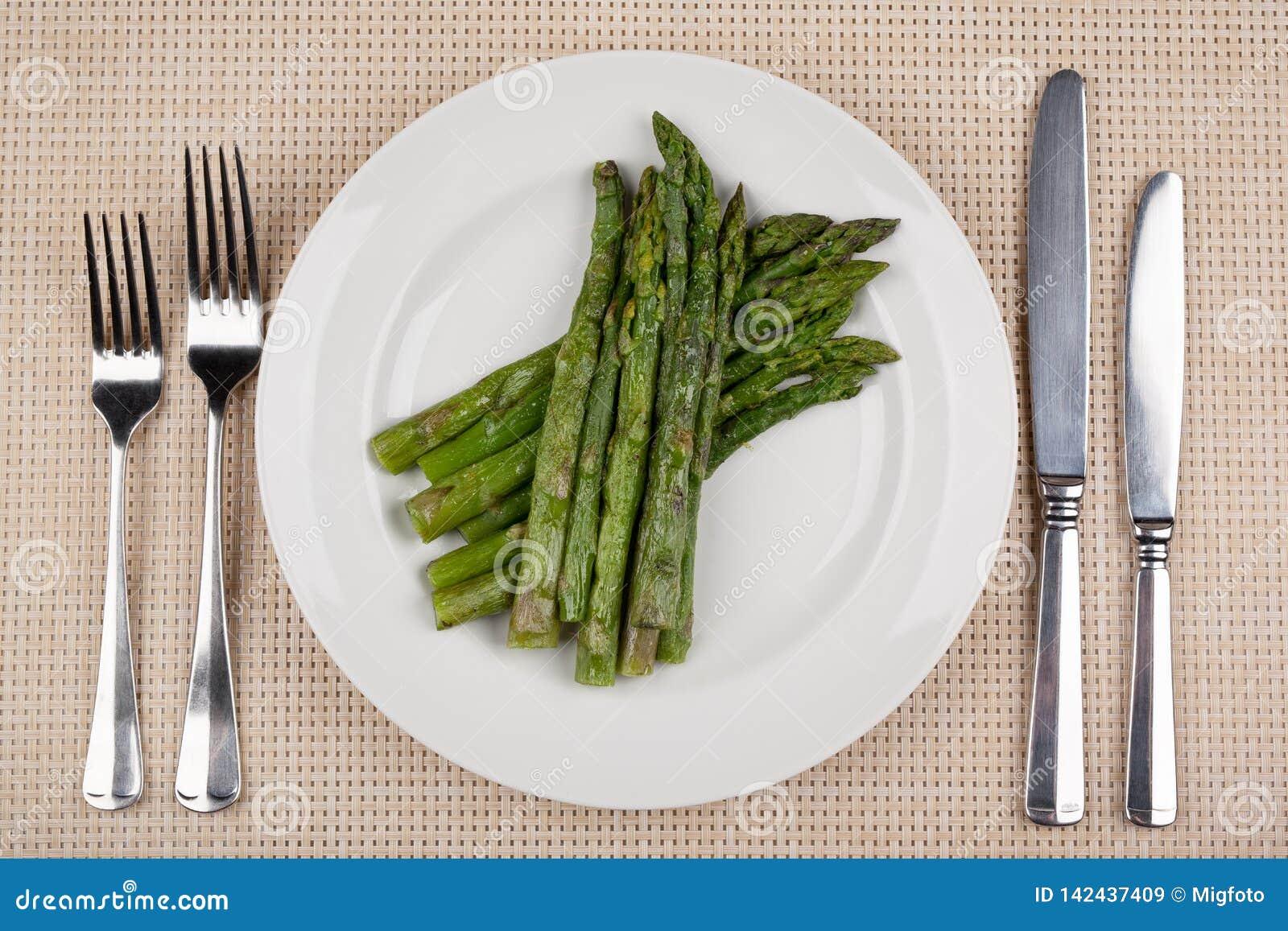 Alimento na placa