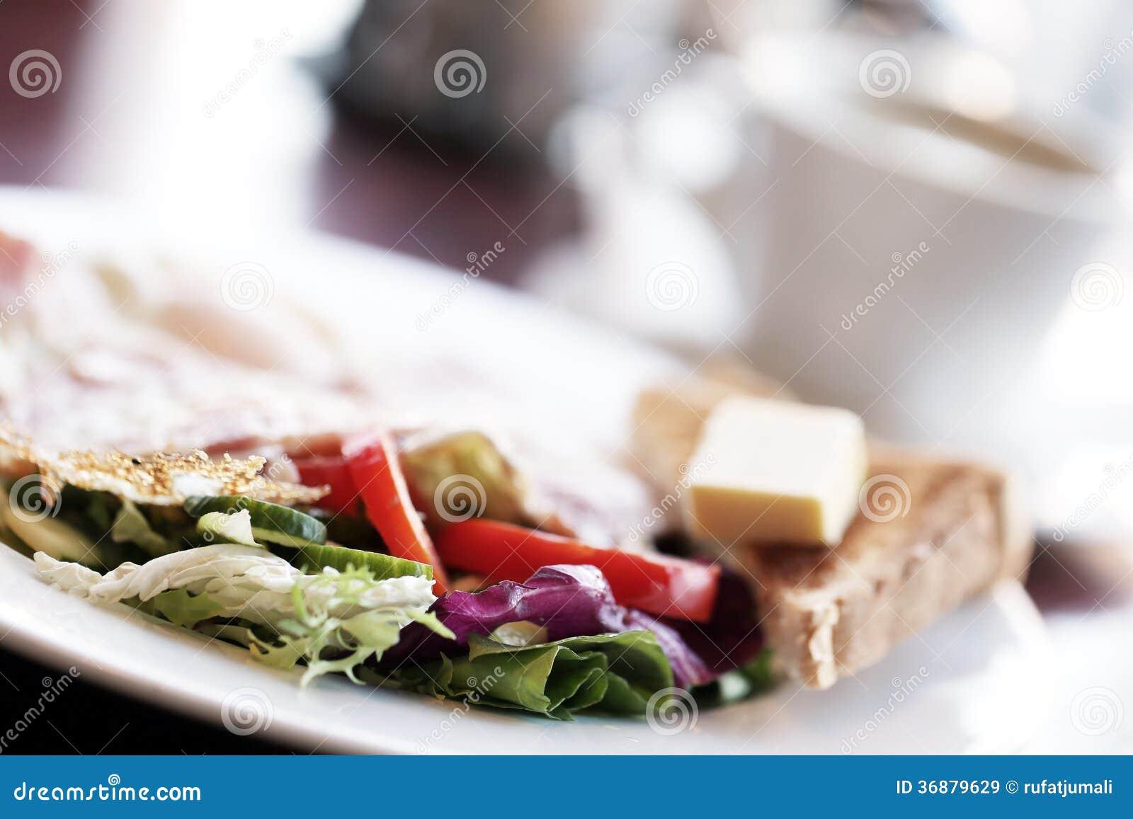 Download Alimento. Prima Colazione Vegetariana Deliziosa In Caffè Immagine Stock - Immagine di carne, squisito: 36879629