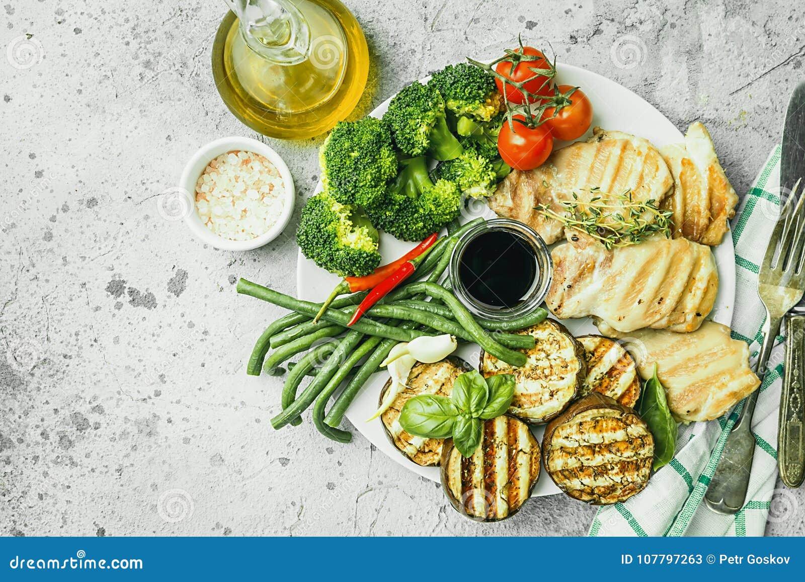 Alimento sano della griglia