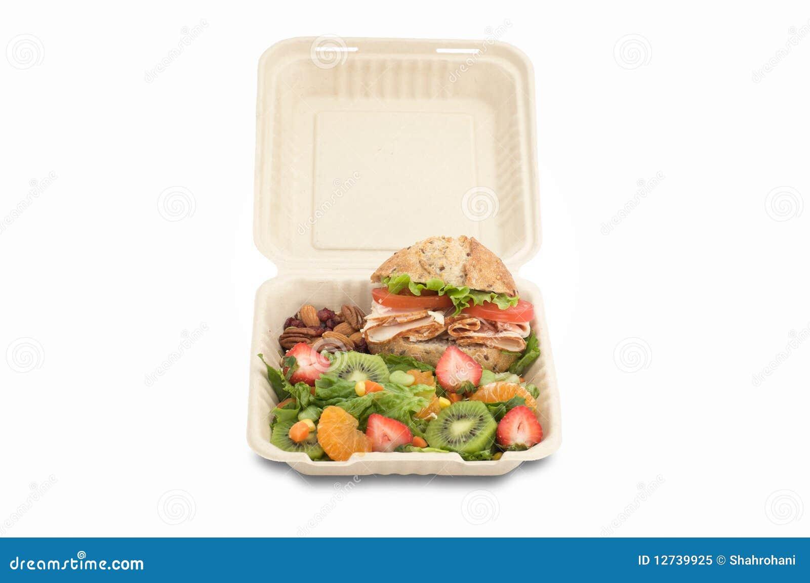 Alimento saudável na cesta de comida de togo