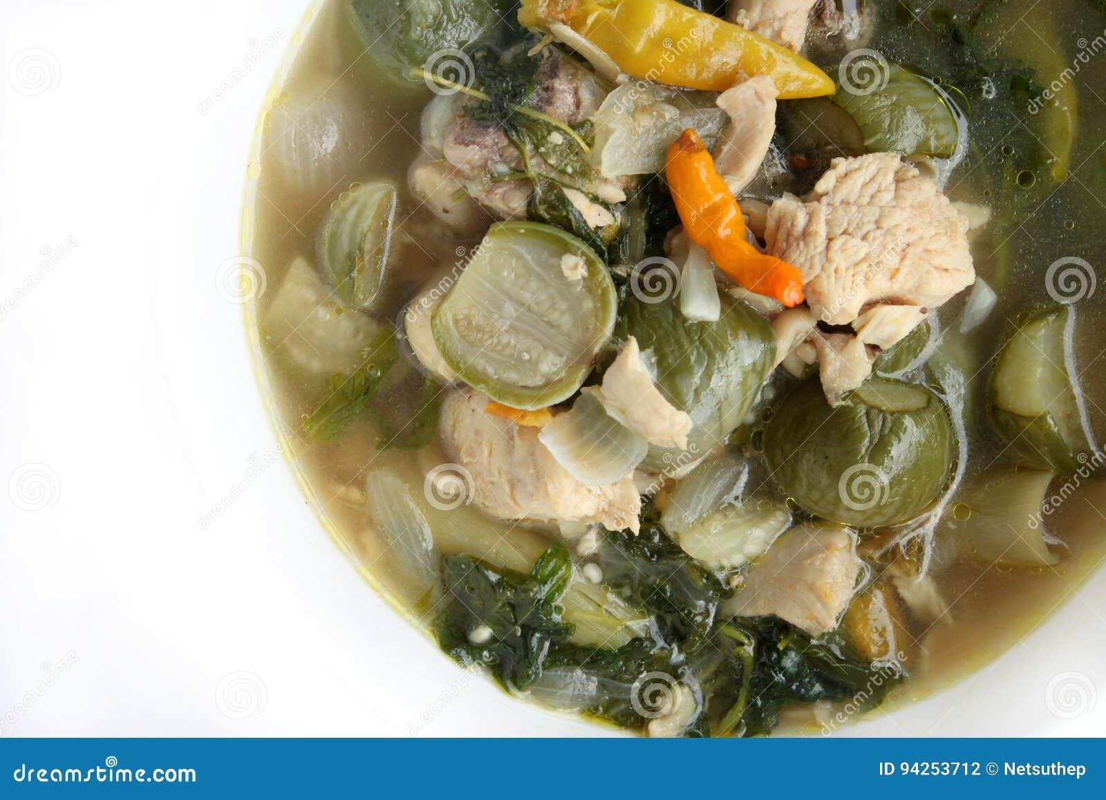 Alimento tailandês fervido com óleo vegetal