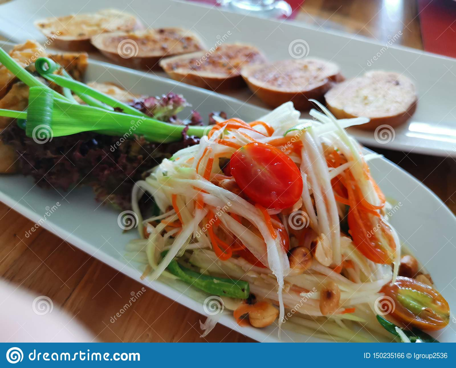 Alimento tailandese del Tum del som
