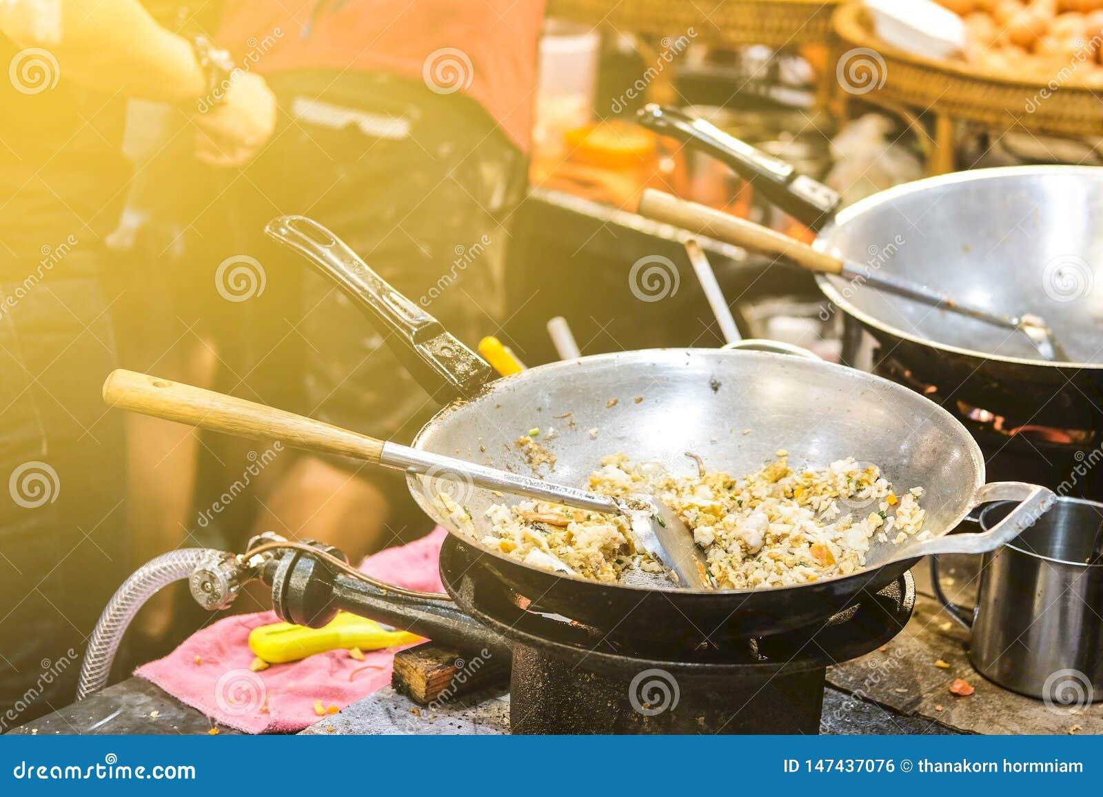 Alimento tailandese della via