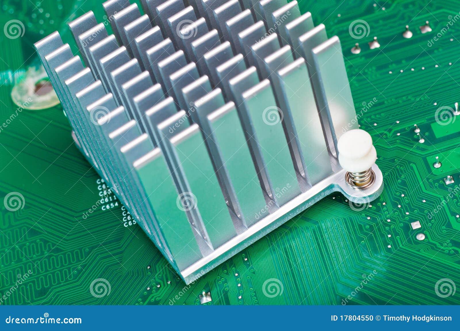 Радиаторы охлаждения для электроники алюминиевые своими руками
