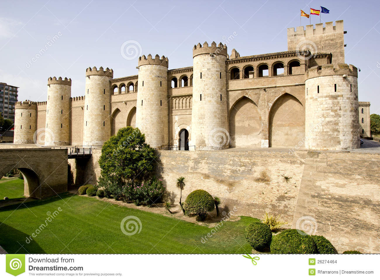 zaragoza muslim Learn more with what zaragoza, your helpful and in-depth zaragoza city guide zaragoza guide the capital of the province of aragon to the muslim presence.
