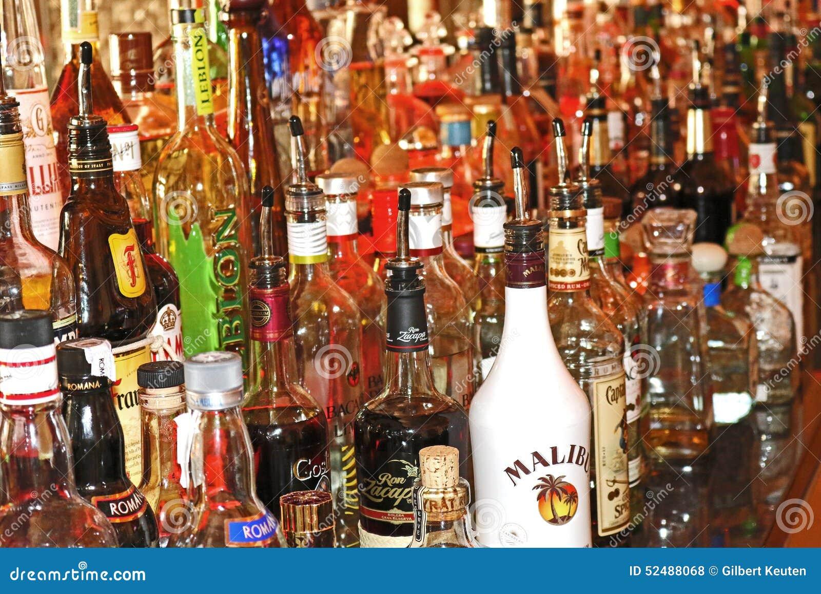 alkohol flaschen redaktionelles stockfoto bild 52488068. Black Bedroom Furniture Sets. Home Design Ideas