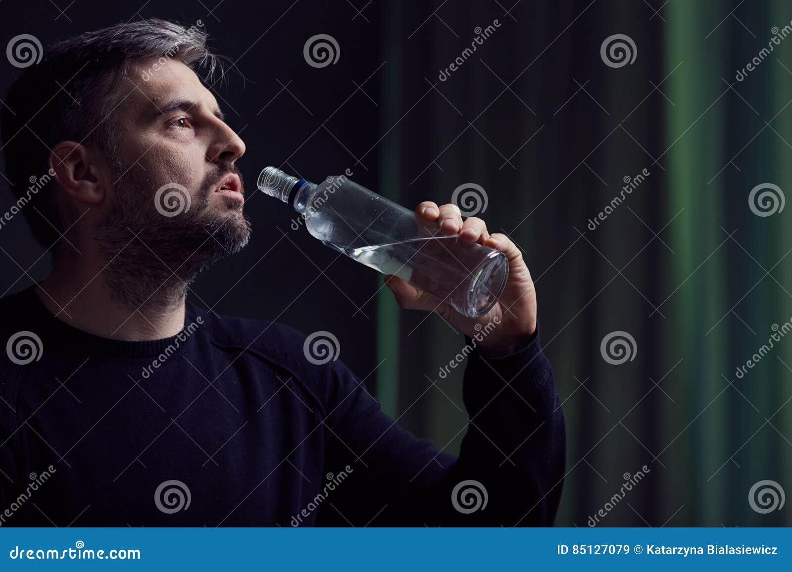 Alkoholiker mit Krise