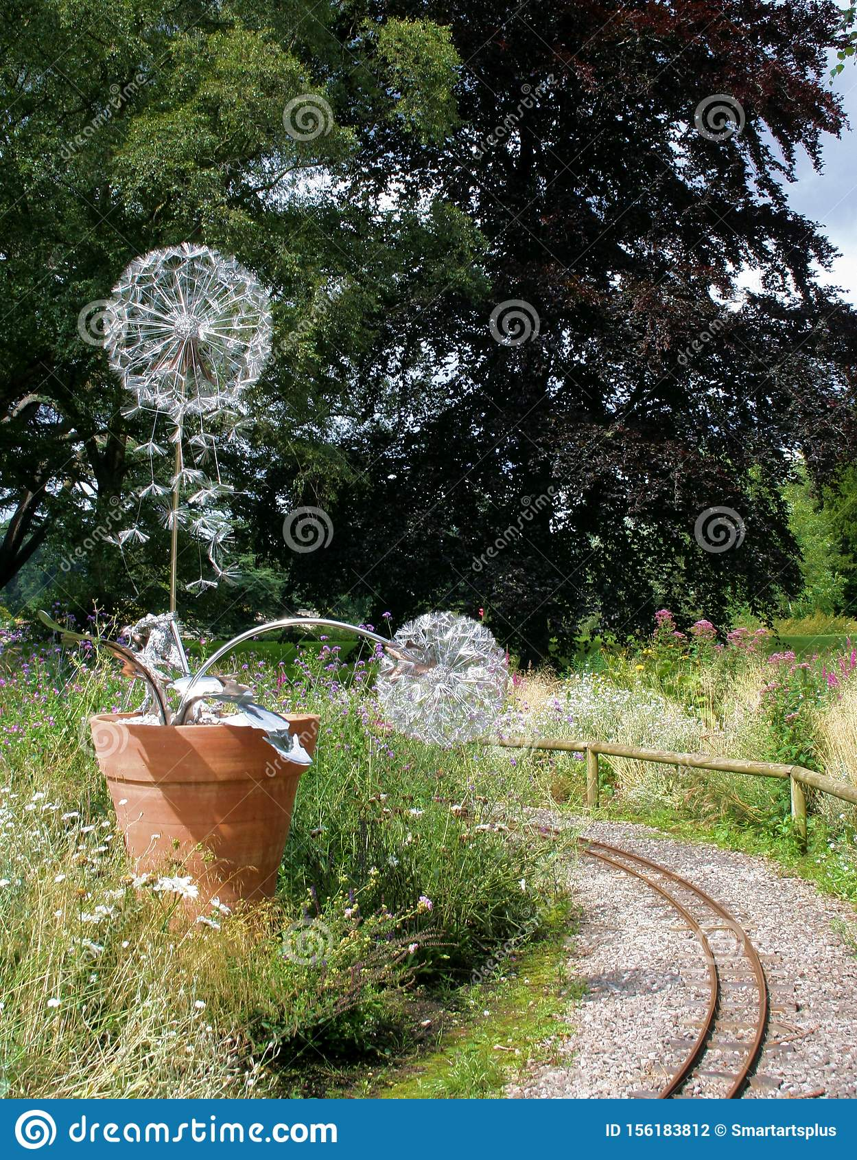 Hidden Fairy & Dandelion Sculptures at Trentham Estate 1