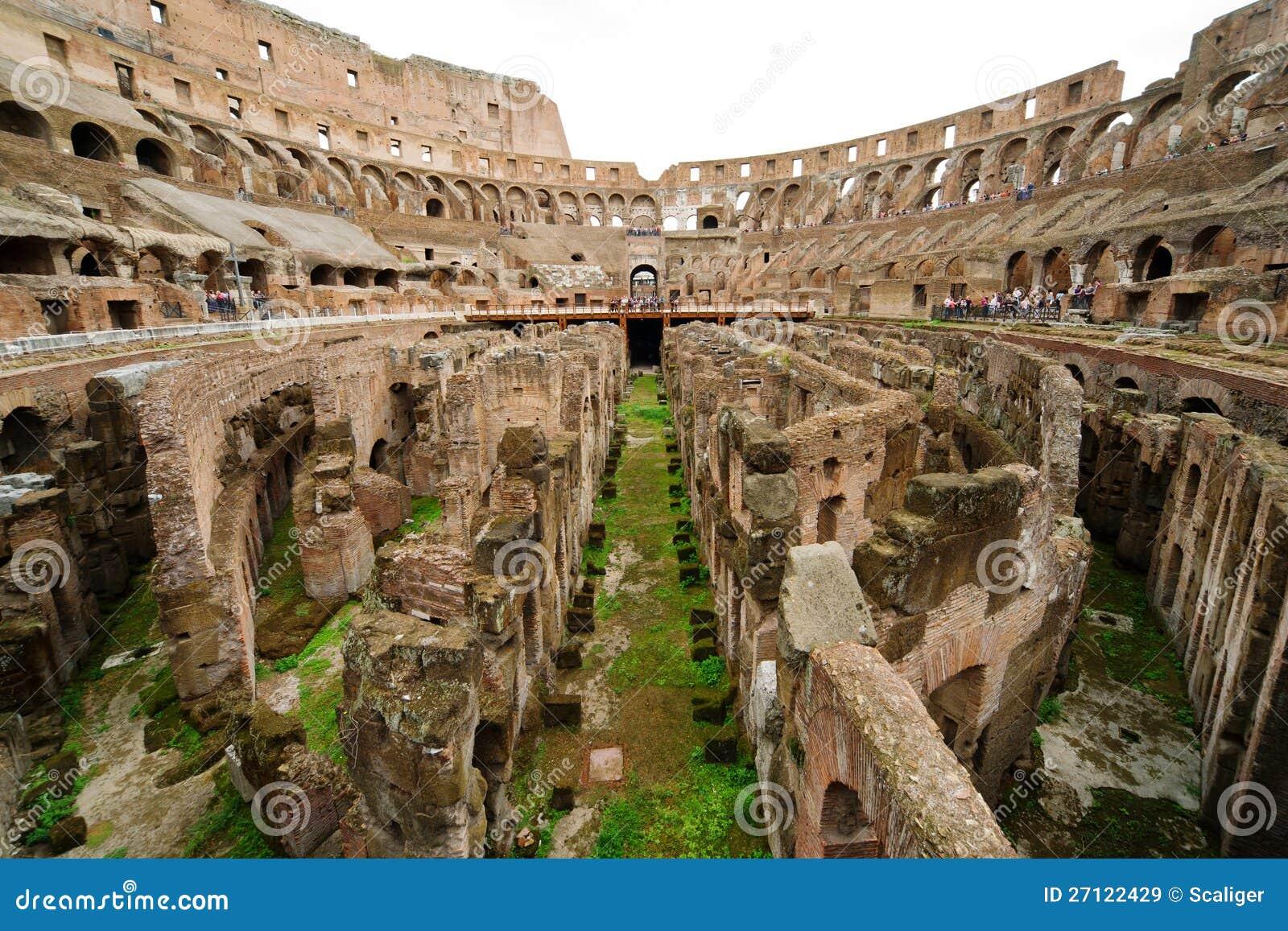 All interno di Colosseum a Roma